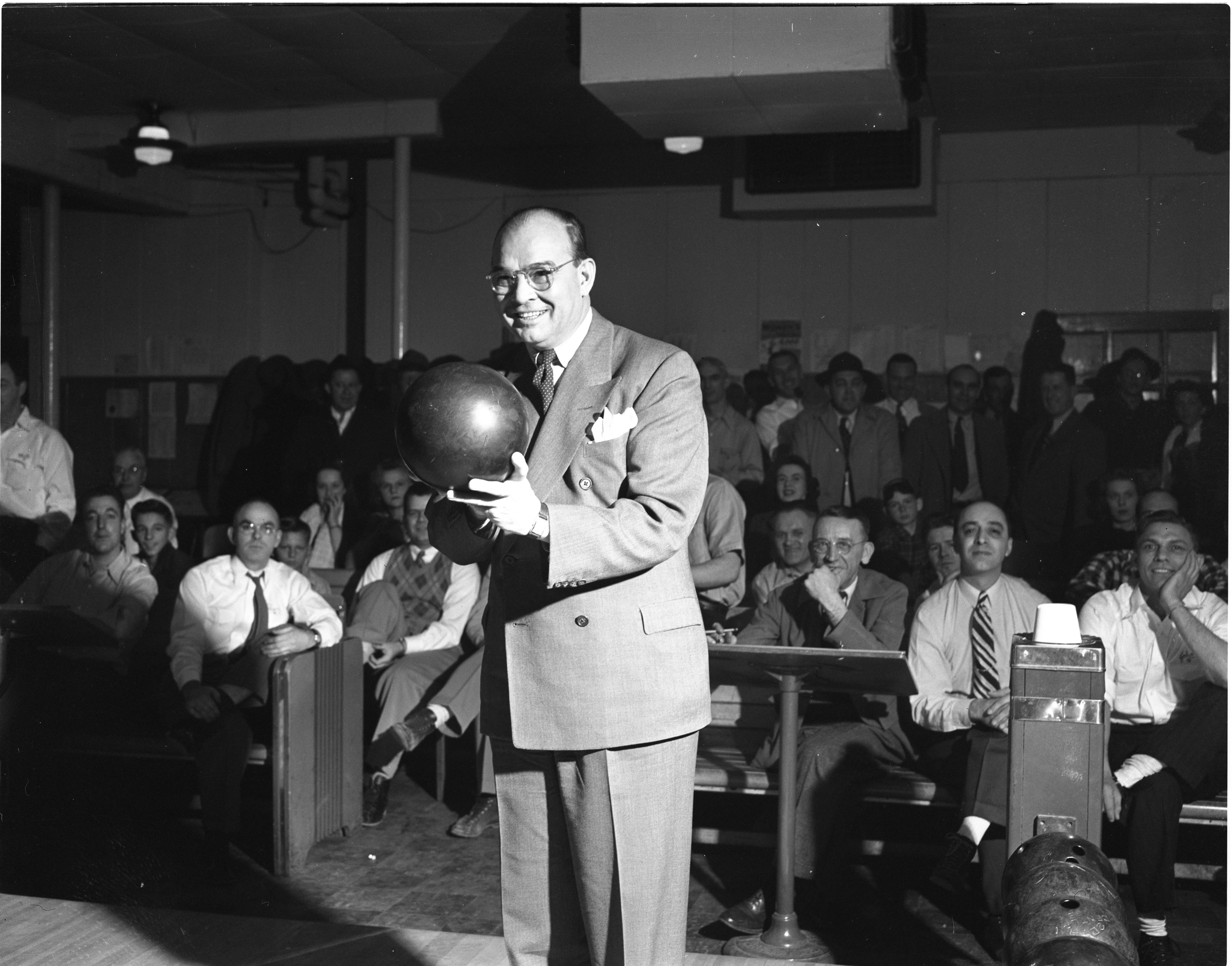Mayor Brown Opens Bowling Tournament, March 1947 image