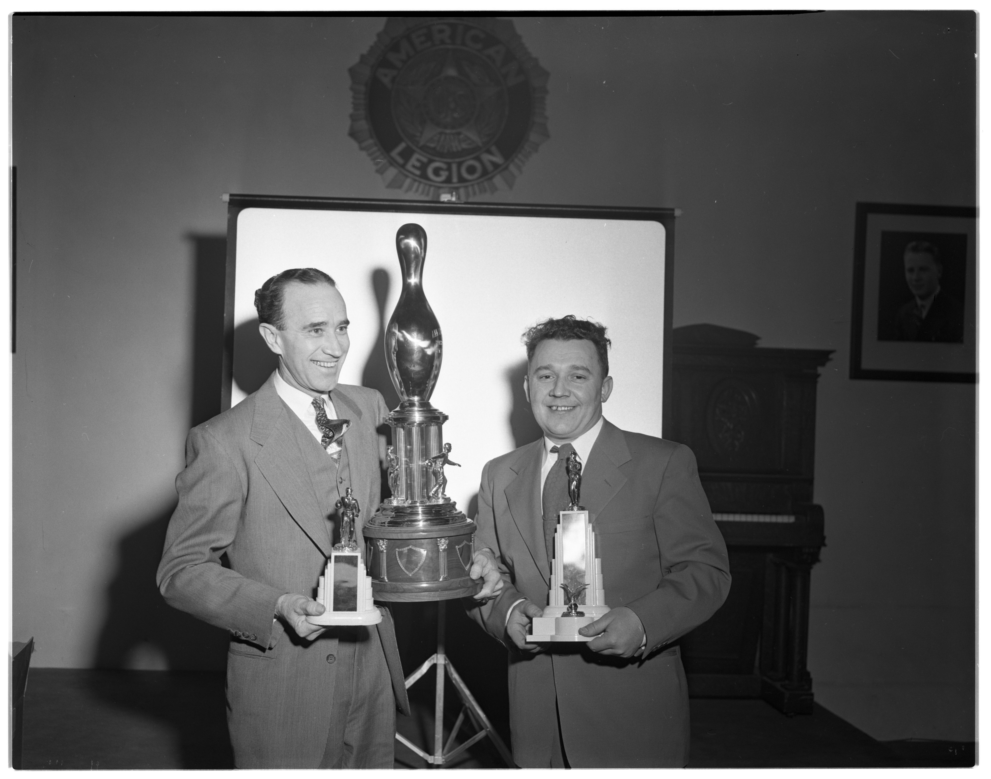 Dan Bandrofchak Wins Bowling Sponsor of the Year Trophy, January 1951 image