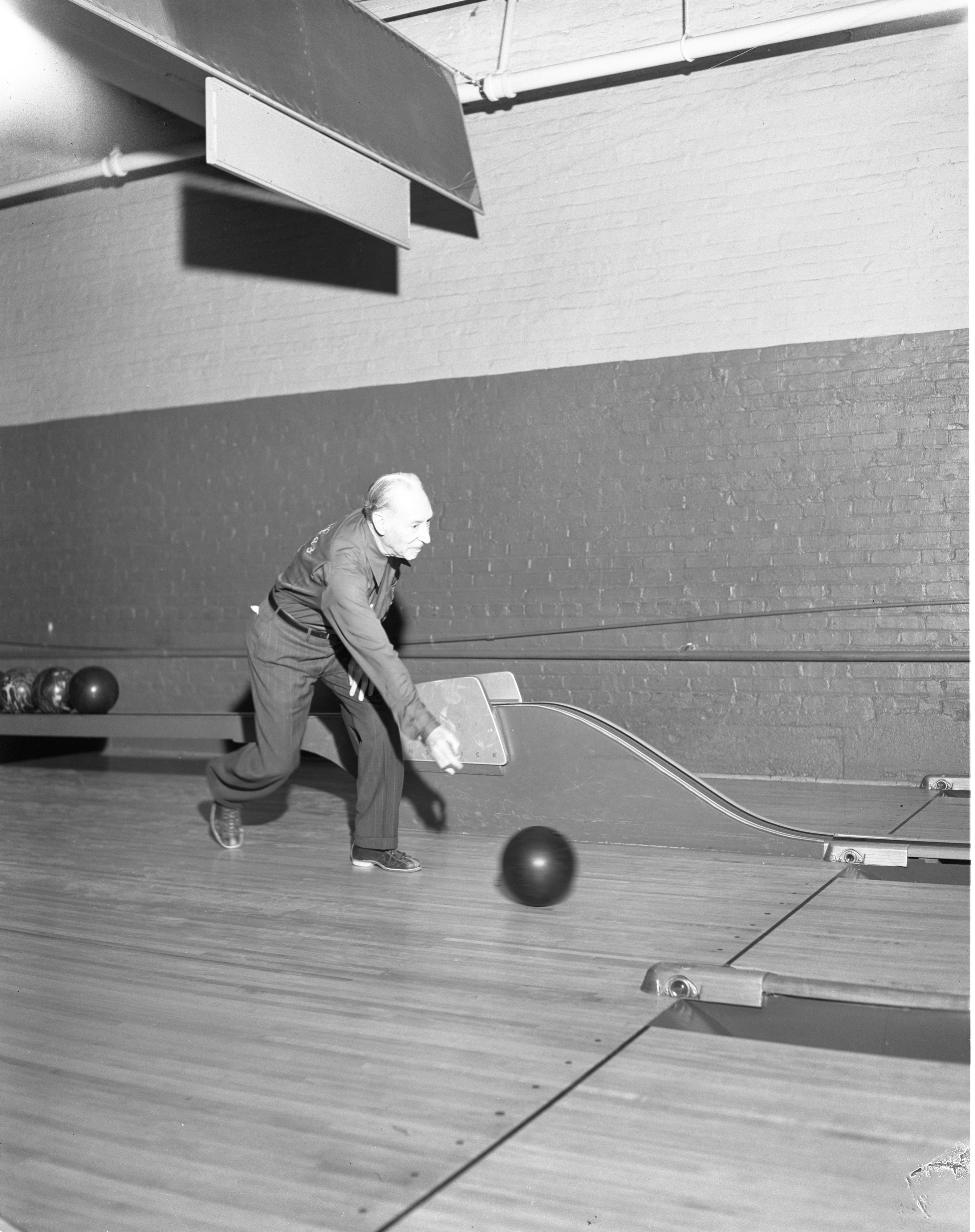 Al Smith, 84-Year-Old Bowler, December 1955 image