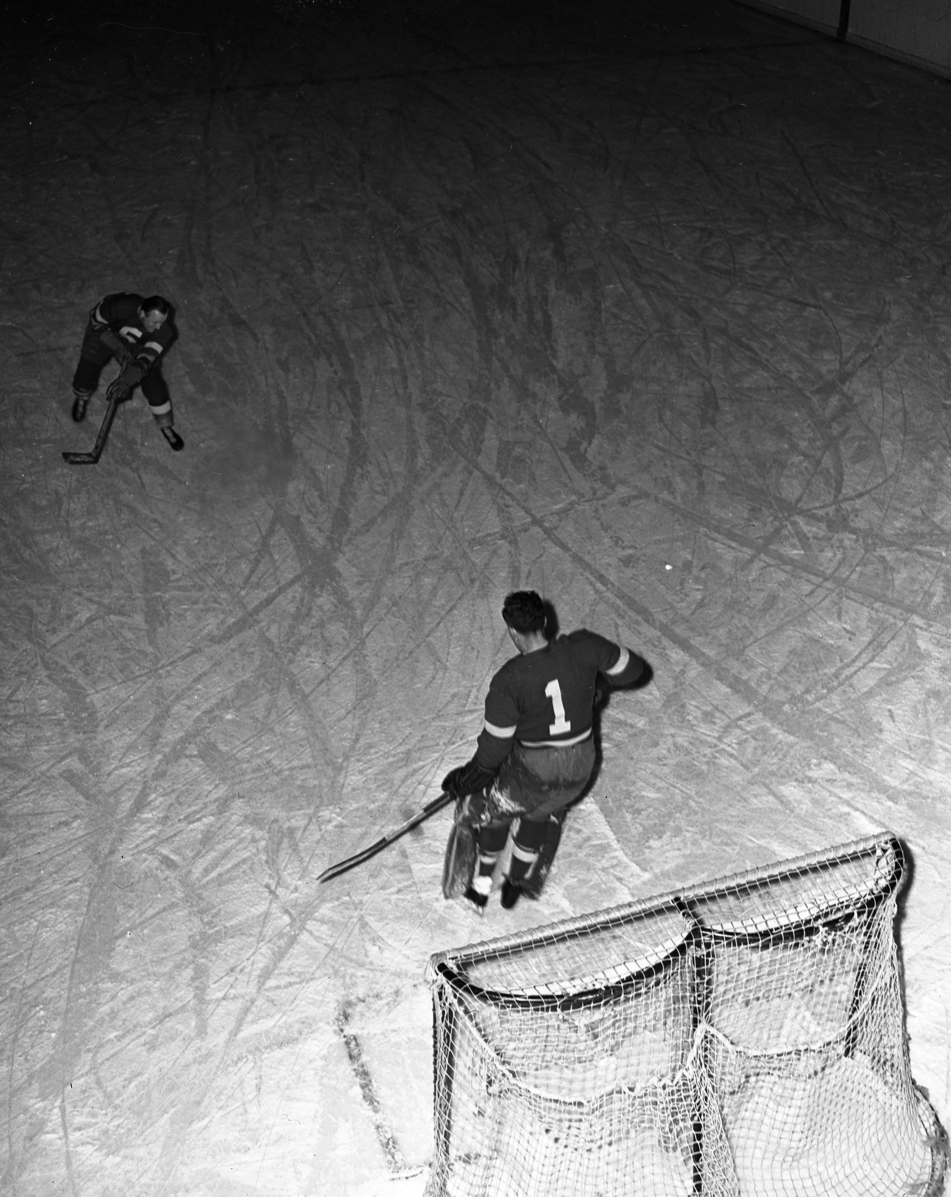 Detroit Red Wings Work Out at U-M Coliseum, January 1941 image