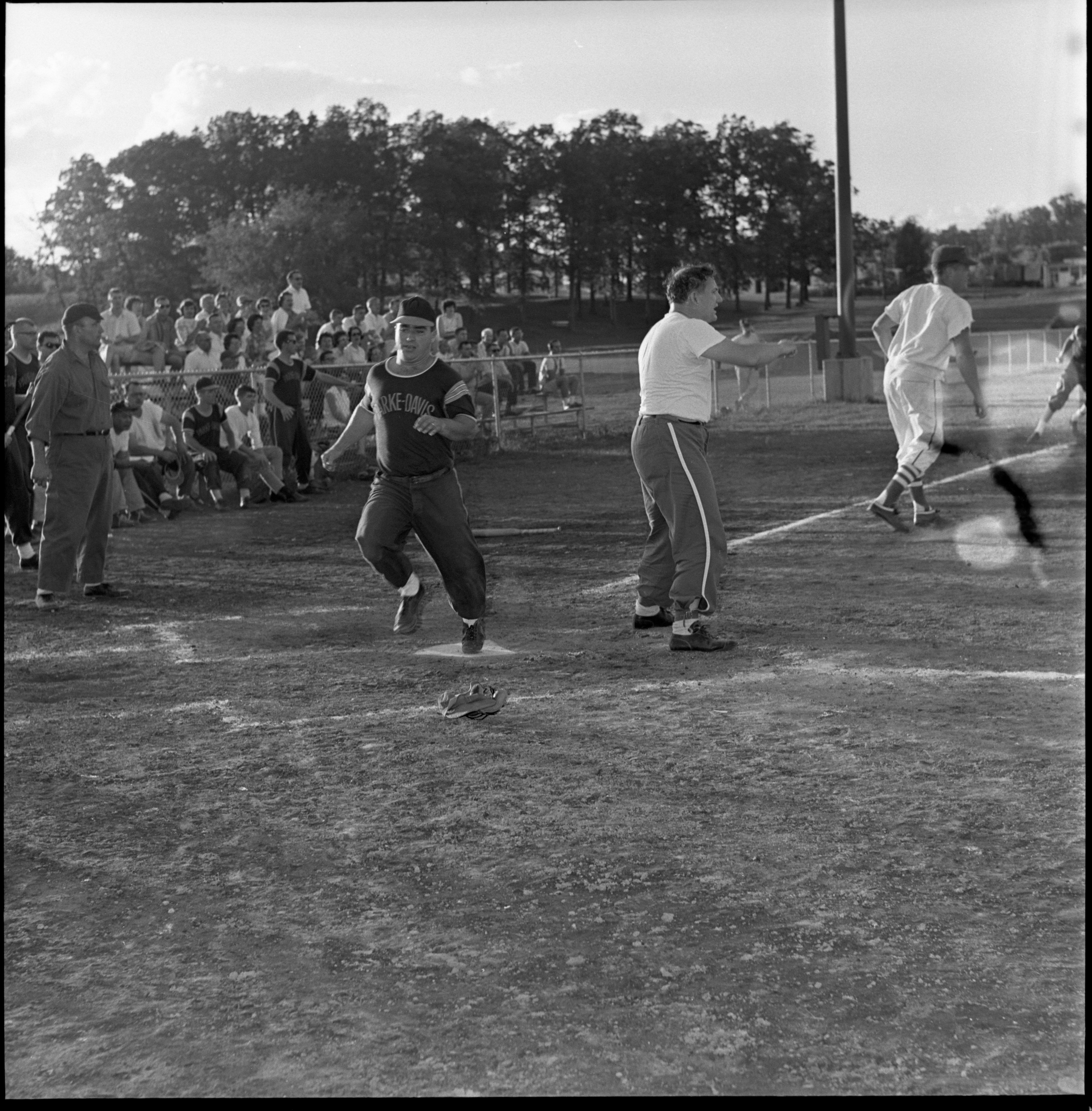 Recreation League Class D Softball Tournament Title Game - Parke Davis vs Moore's Shell, July 1963 image