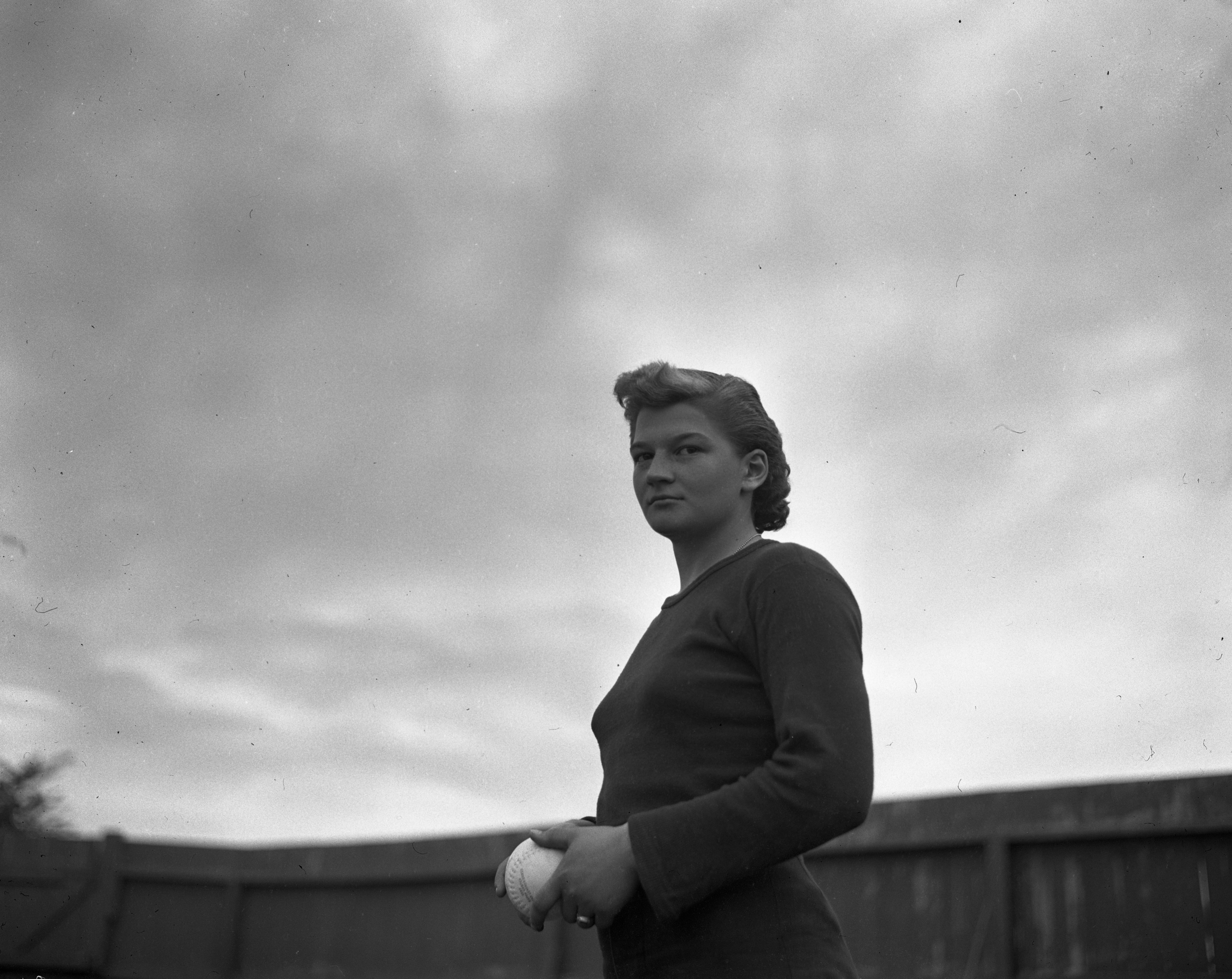 Jean Smith, star pitcher for Dad's Root Beer girls team, September 1947 image