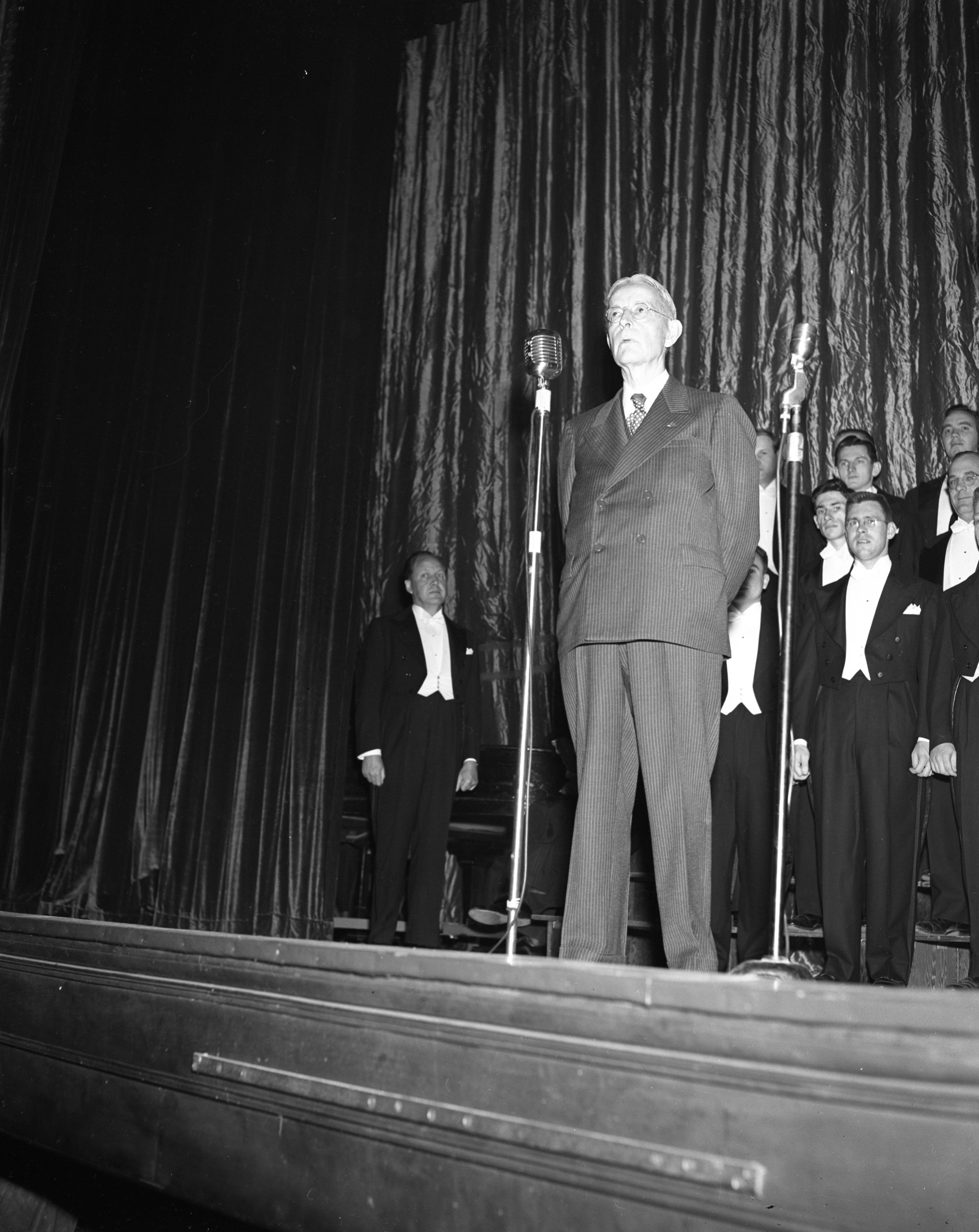 "Author Shirley W. Smith at the ""author's premiere"" at the Michigan Theater, May 1949 image"