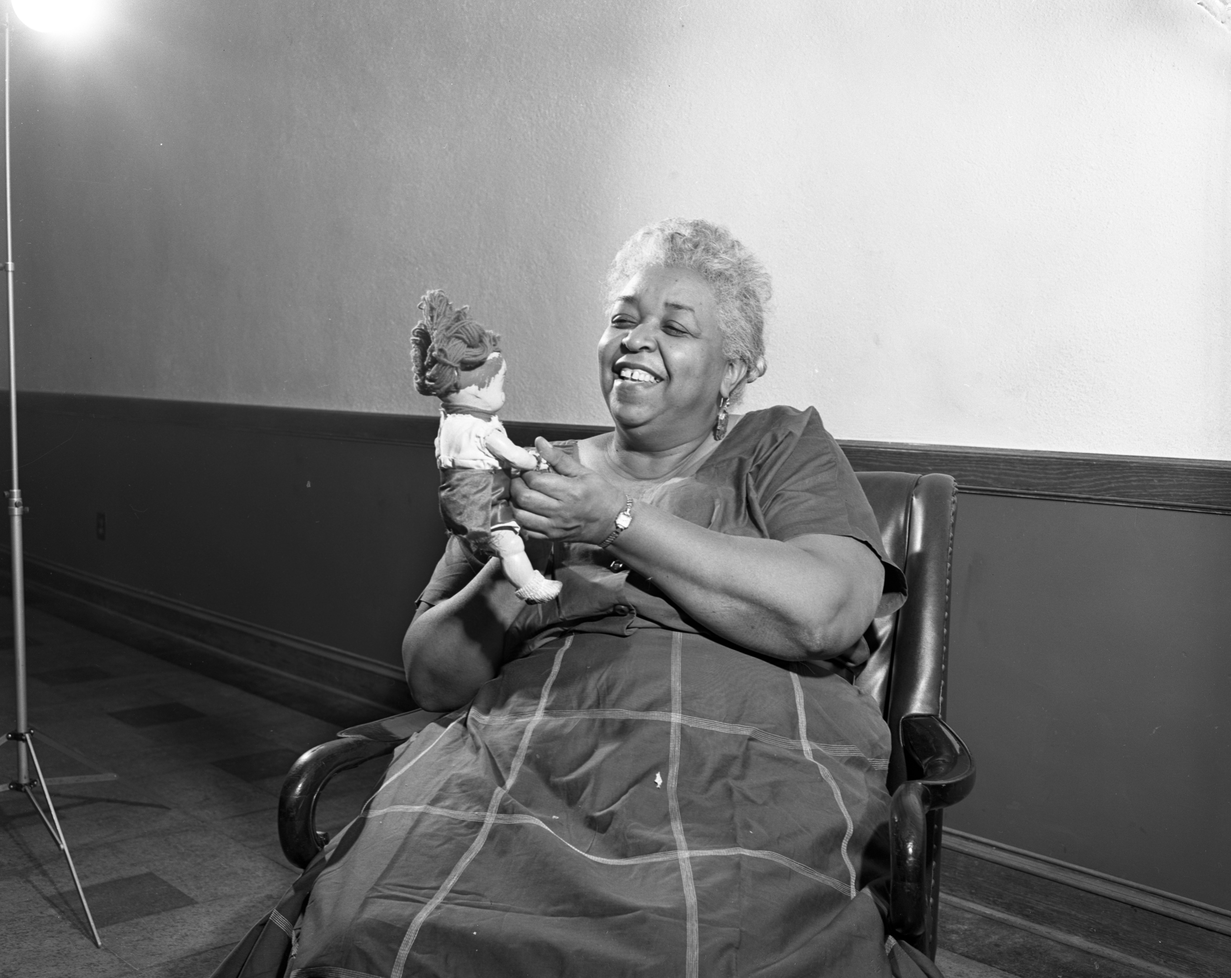 "Actress Ethel Waters appears in Ann Arbor Drama Season's ""The Member of the Wedding,"" May 1956 image"