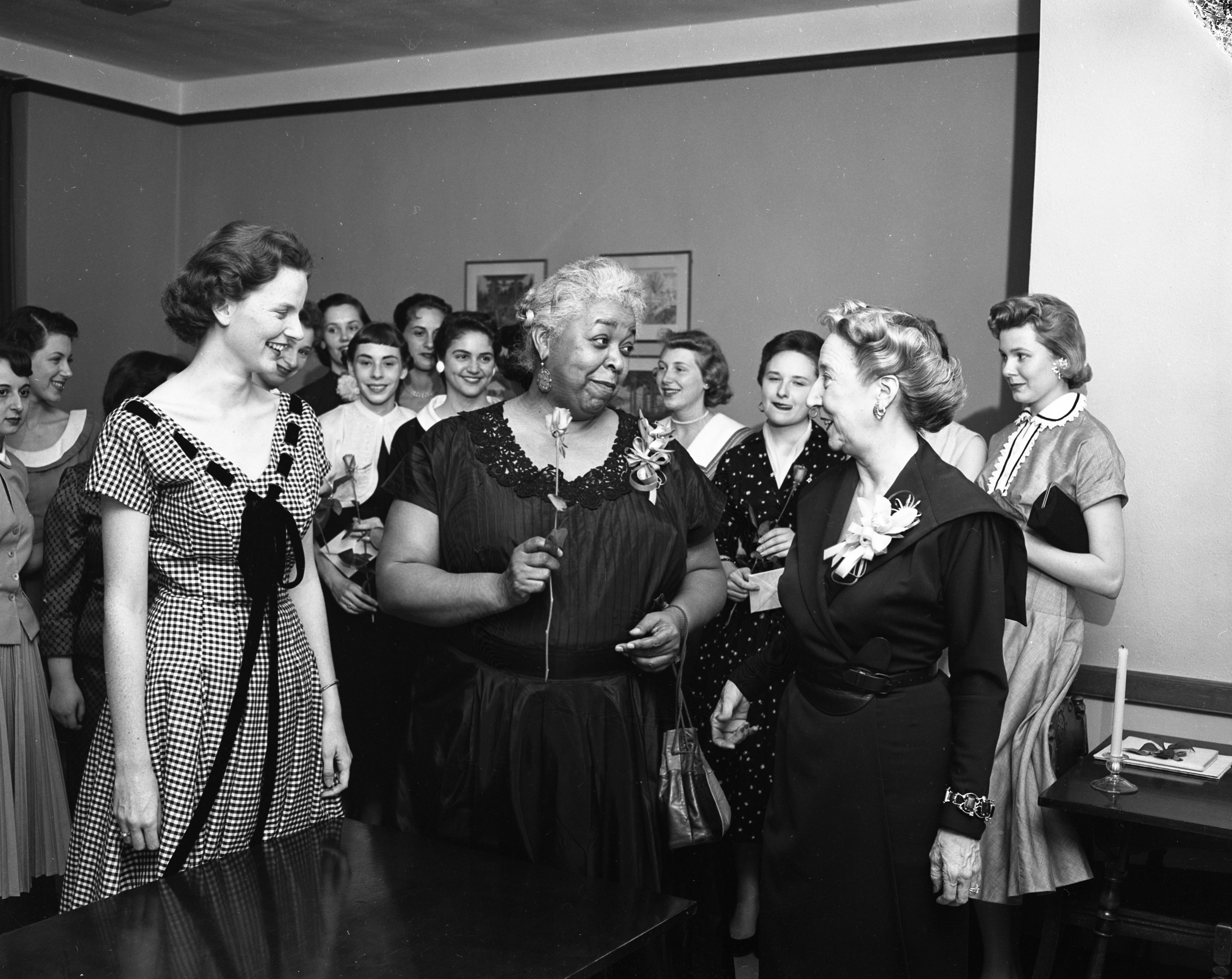 Actress Ethel Waters made honorary member of Zeta Phi Eta, May 1956 image