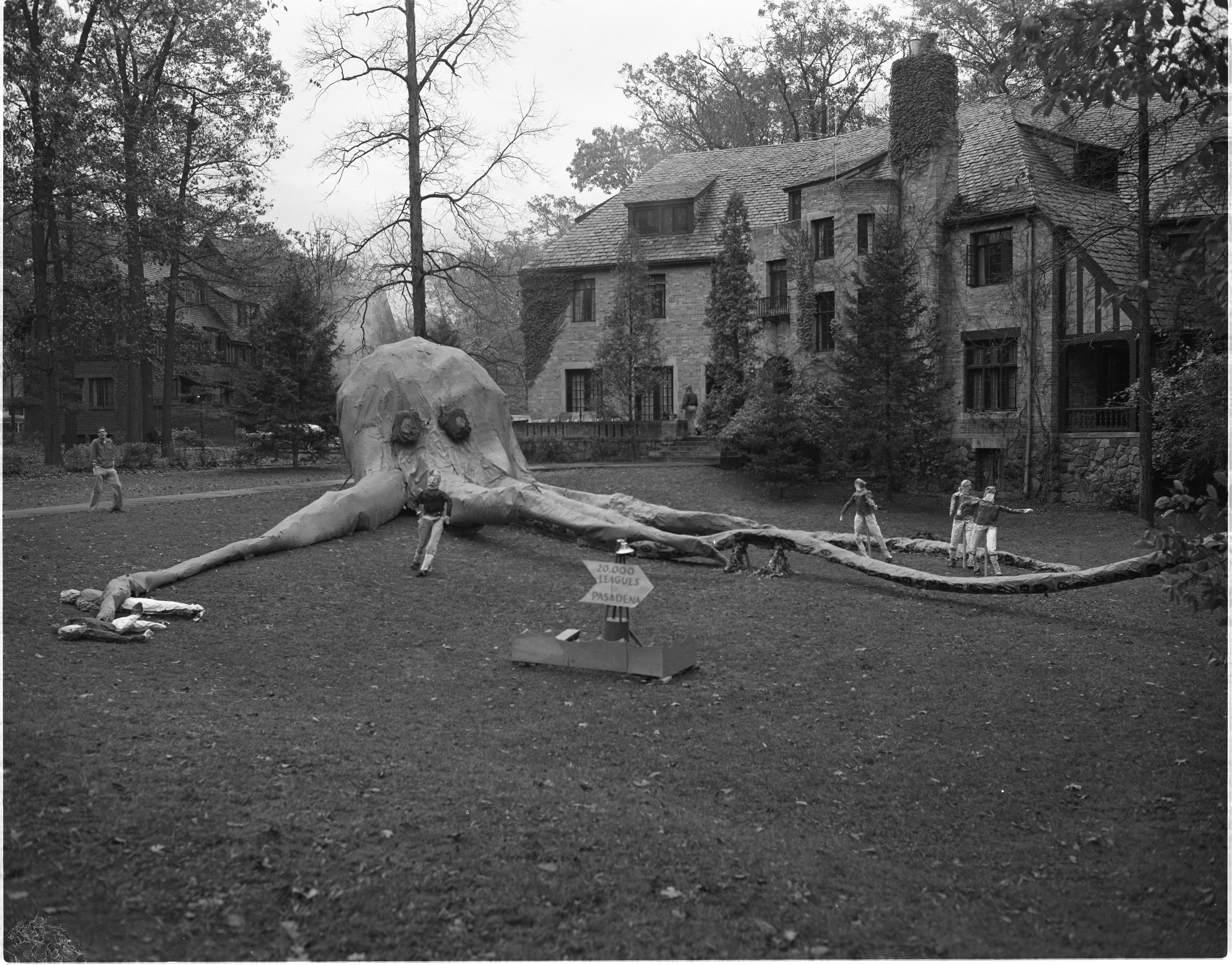 Chi Phi Fraternity's Homecoming Display: 20,000 Leagues To Pasadena, October 1955 image