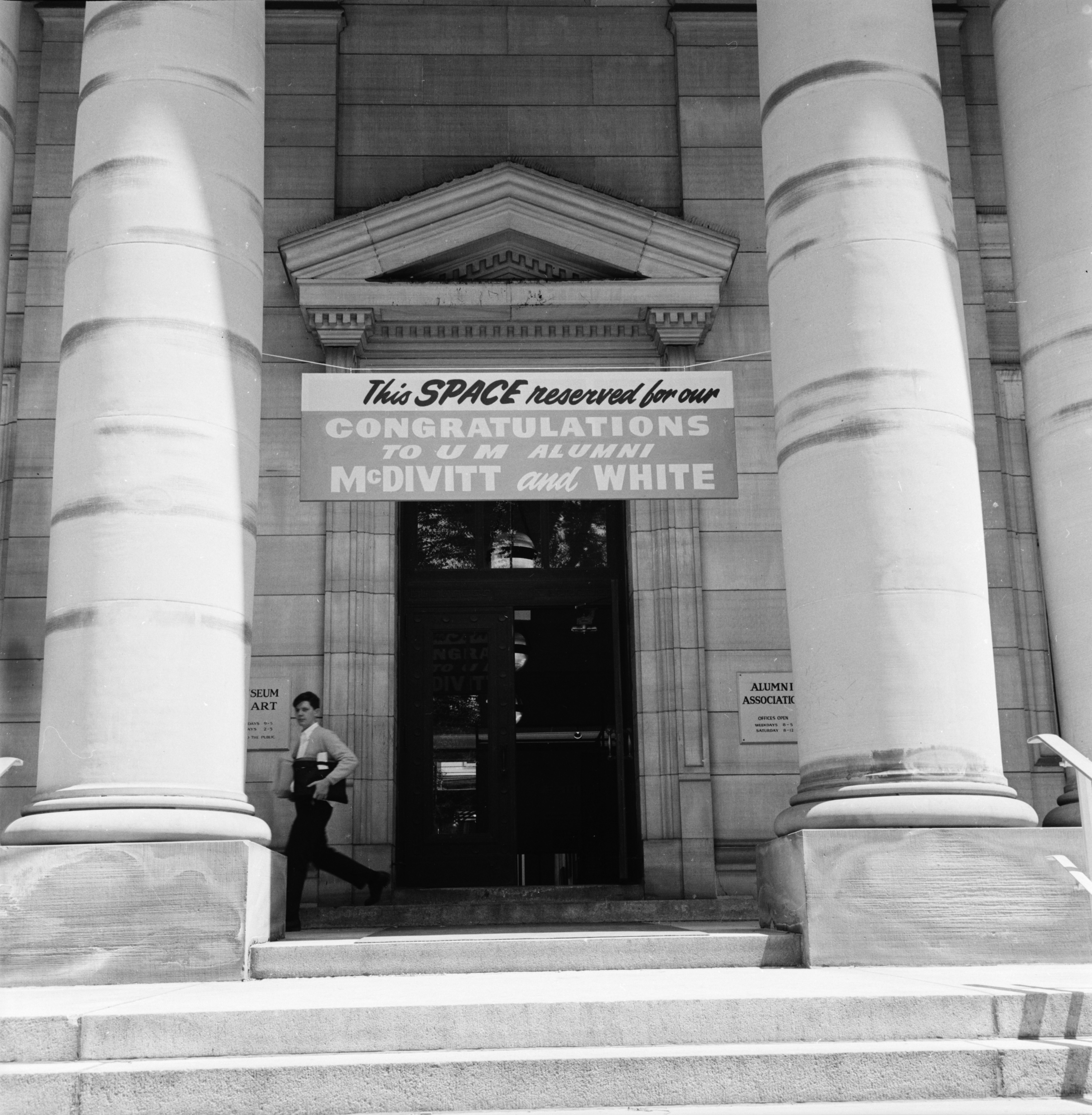 Sign welcoming astronauts McDivitt and White to Alumni Memorial Hall, June 1965 image