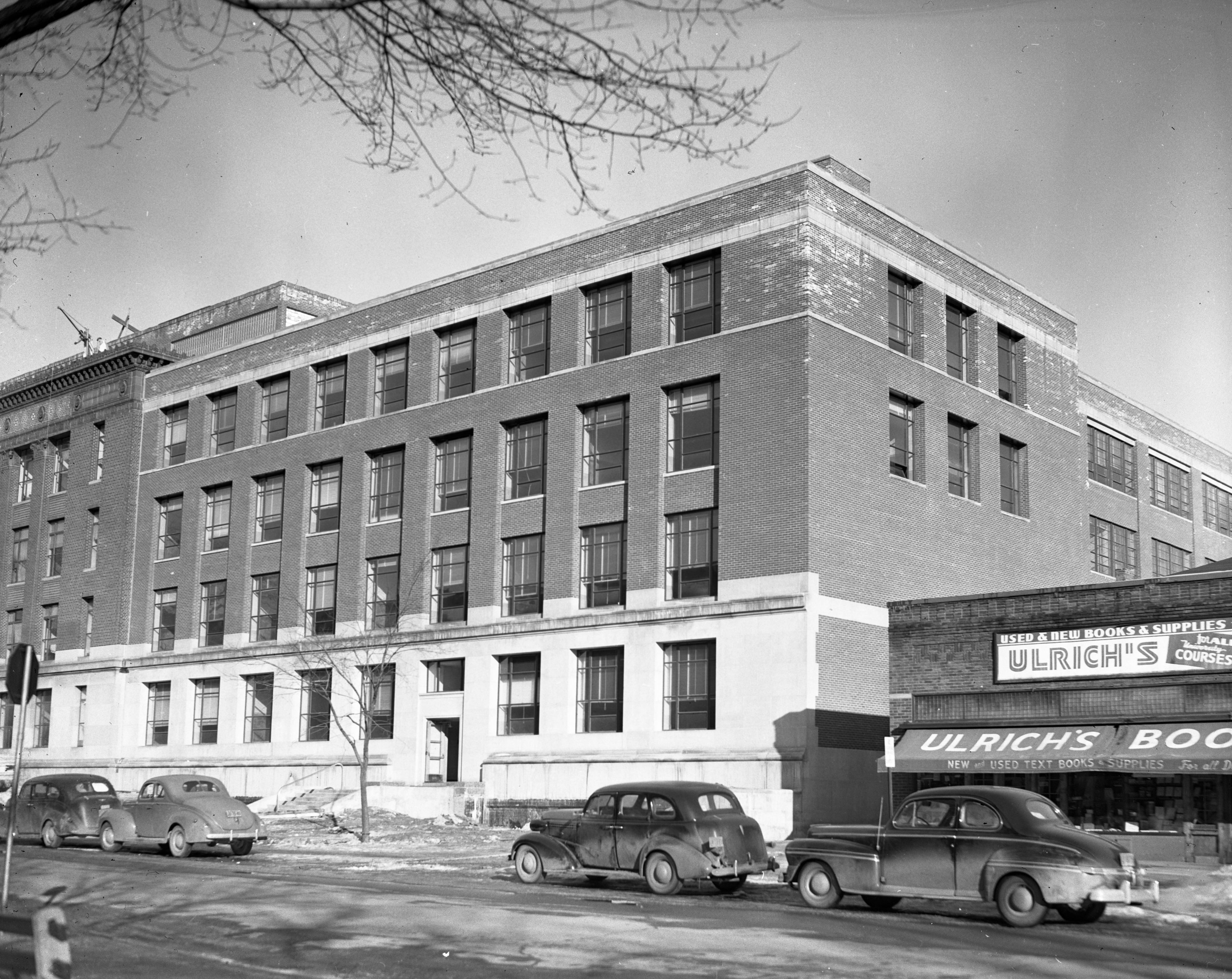 Addition to the East Engineering Building, 500 block of E. University Ave., January 1948 image