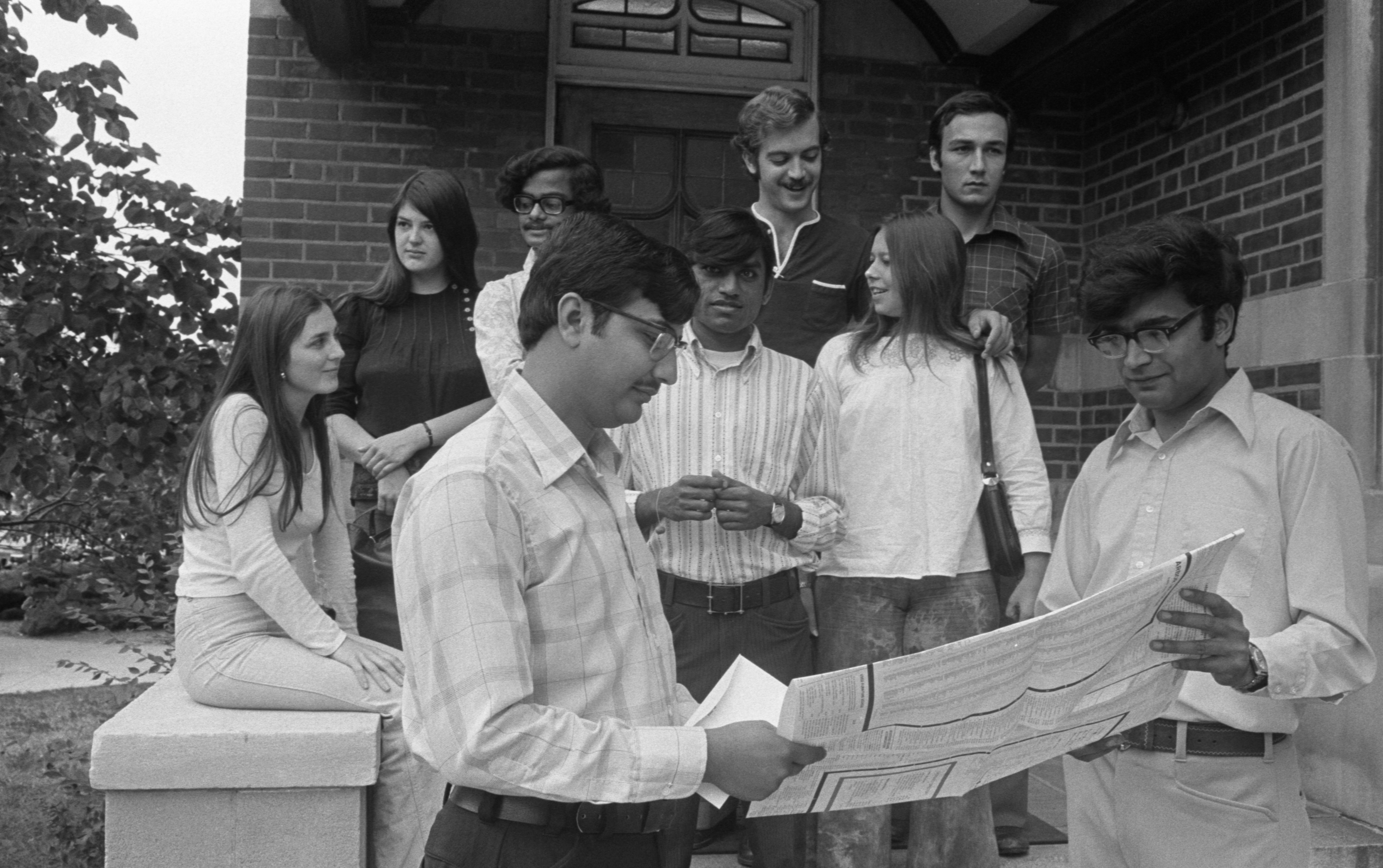 UM International Students Prepare For A Shopping Trip, September 1, 1974 image