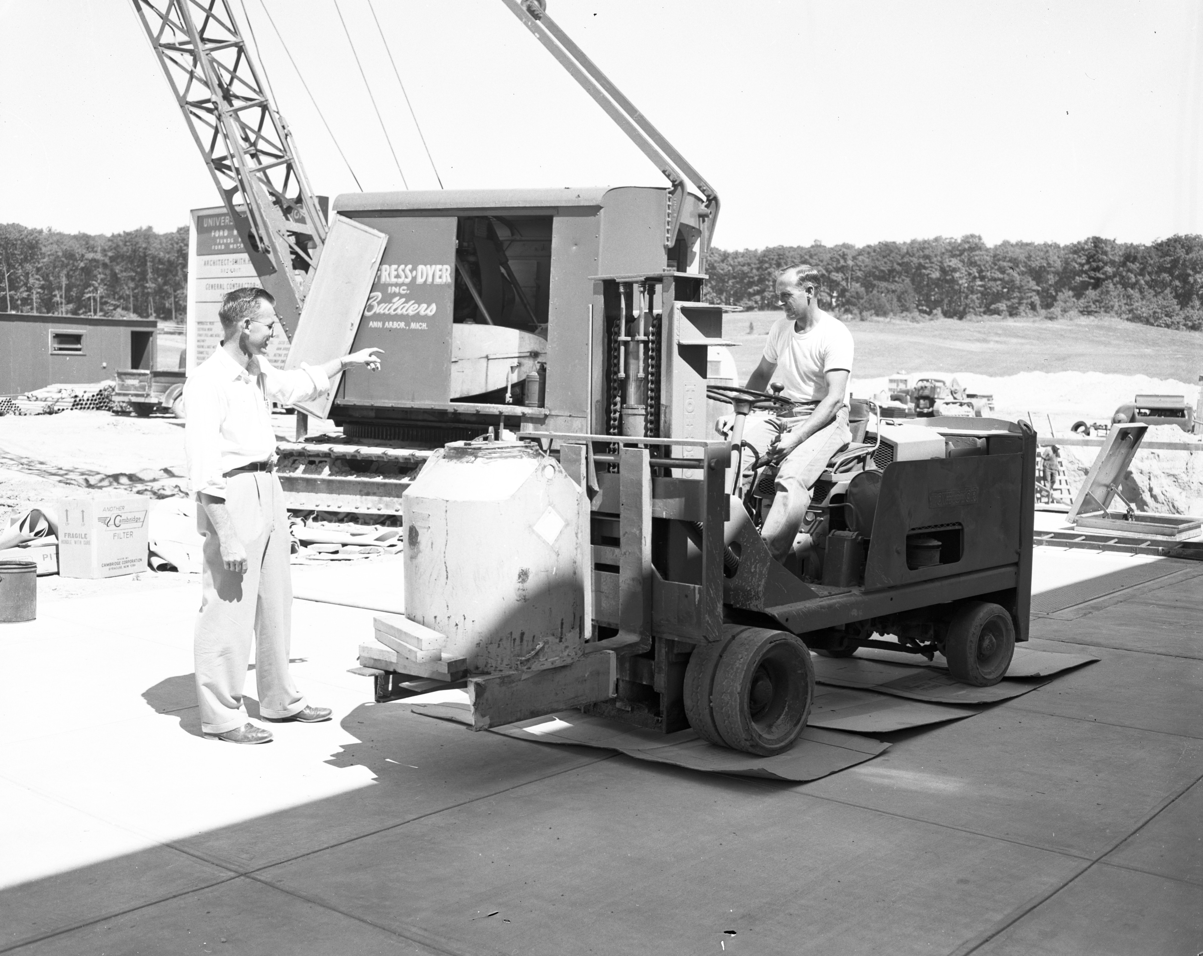 Four-ton box containing radioactive cobalt arrives at the U-M Phoenix Memorial Laboratory on North Campus, July 1955 image