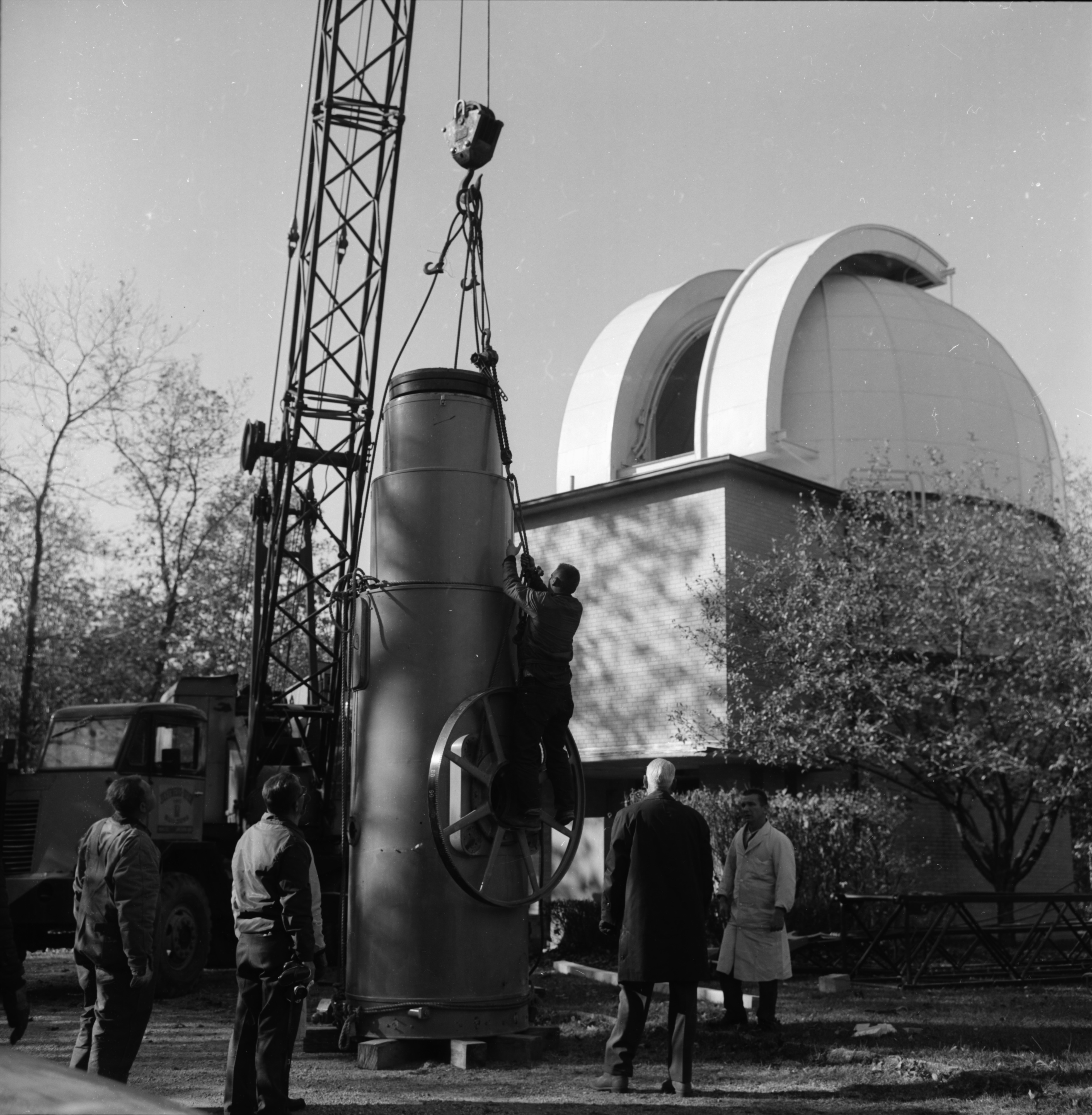 Peach Mountain telescope being sent to South America, October 1966 image