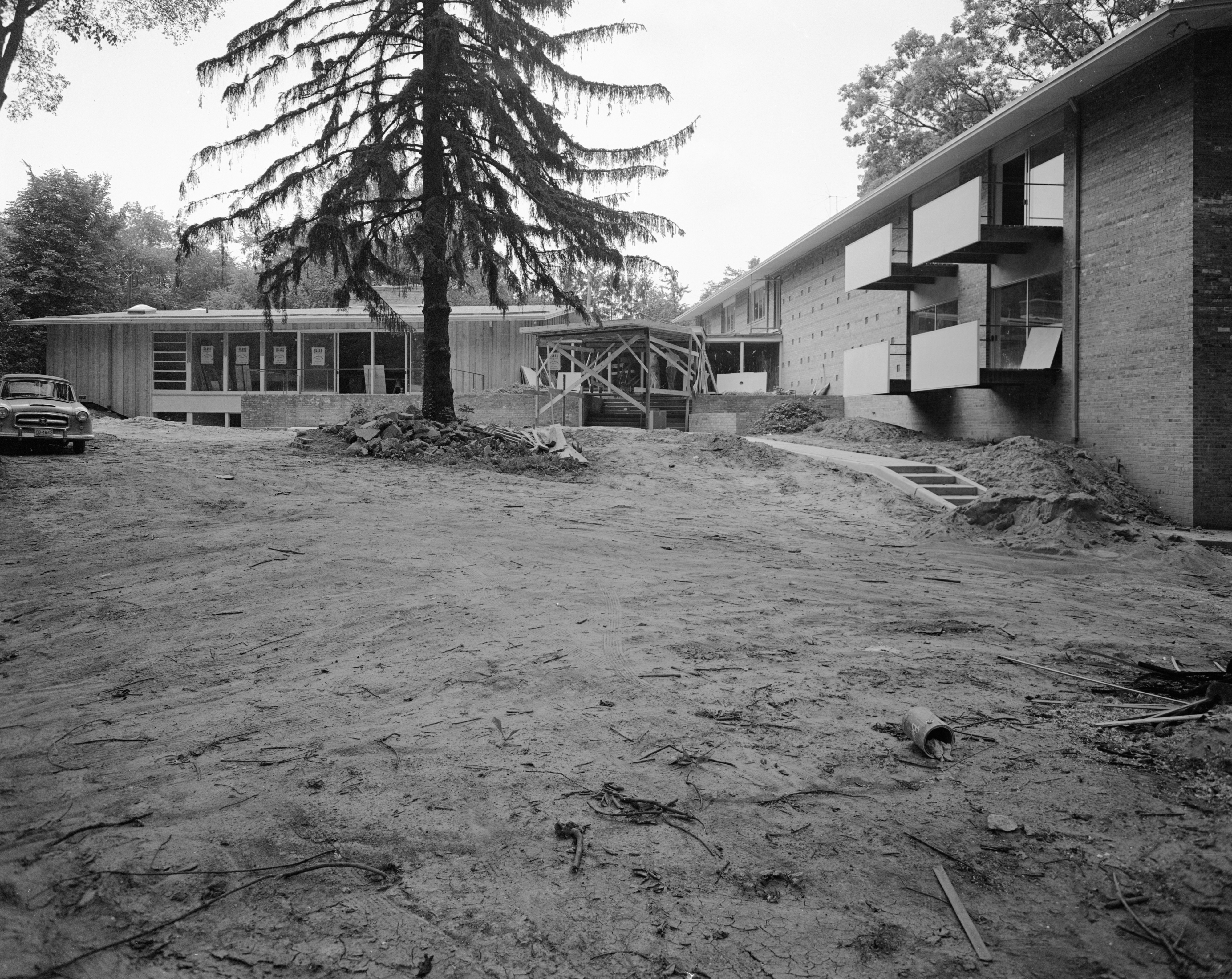 New Delta Gamma Sorority House at 1800 Washtenaw Ave. Nearly Completed, August 1958 image