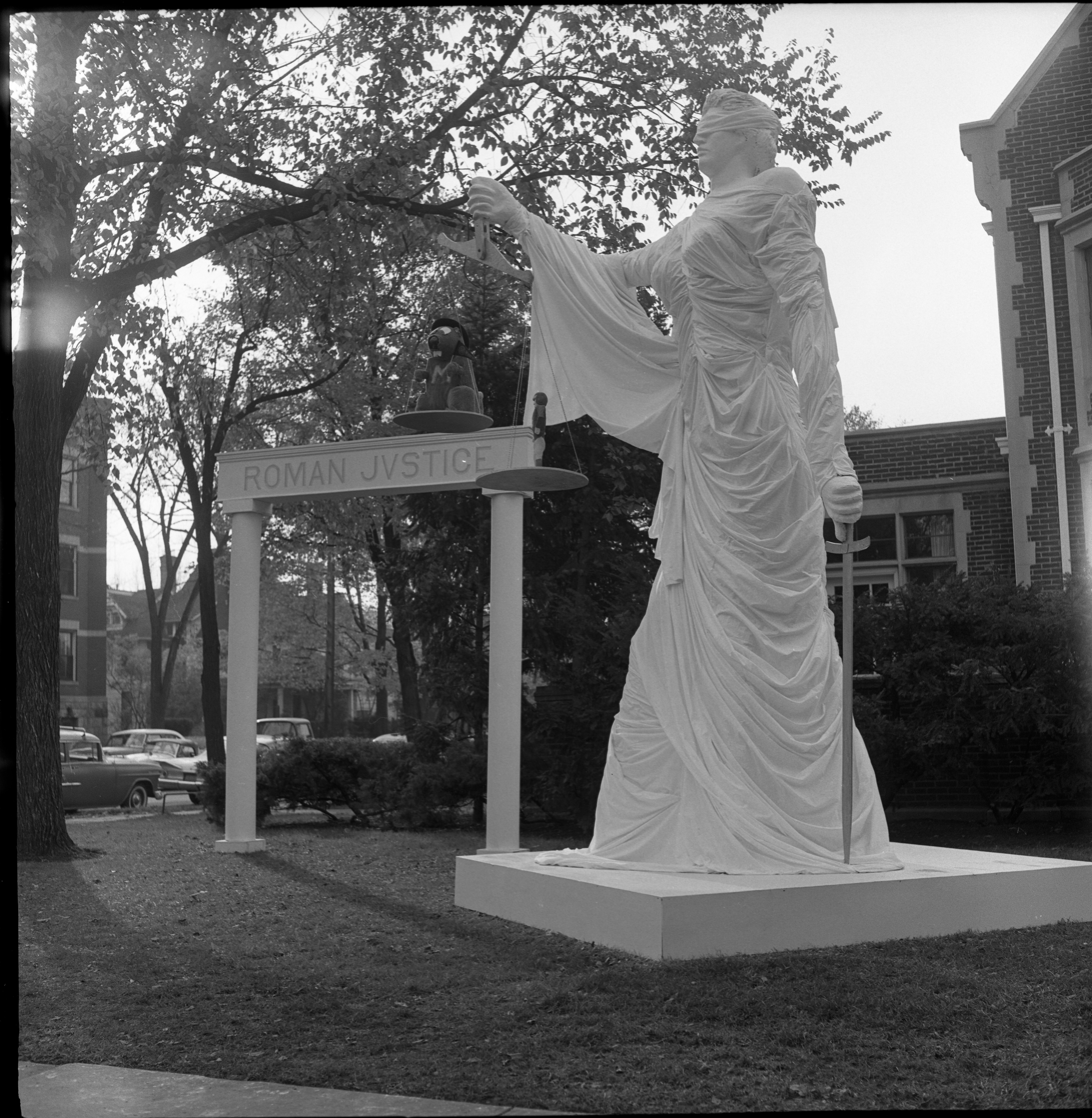 "University of Michigan Homecoming Display, ""Roman Justice"", October 1960 image"
