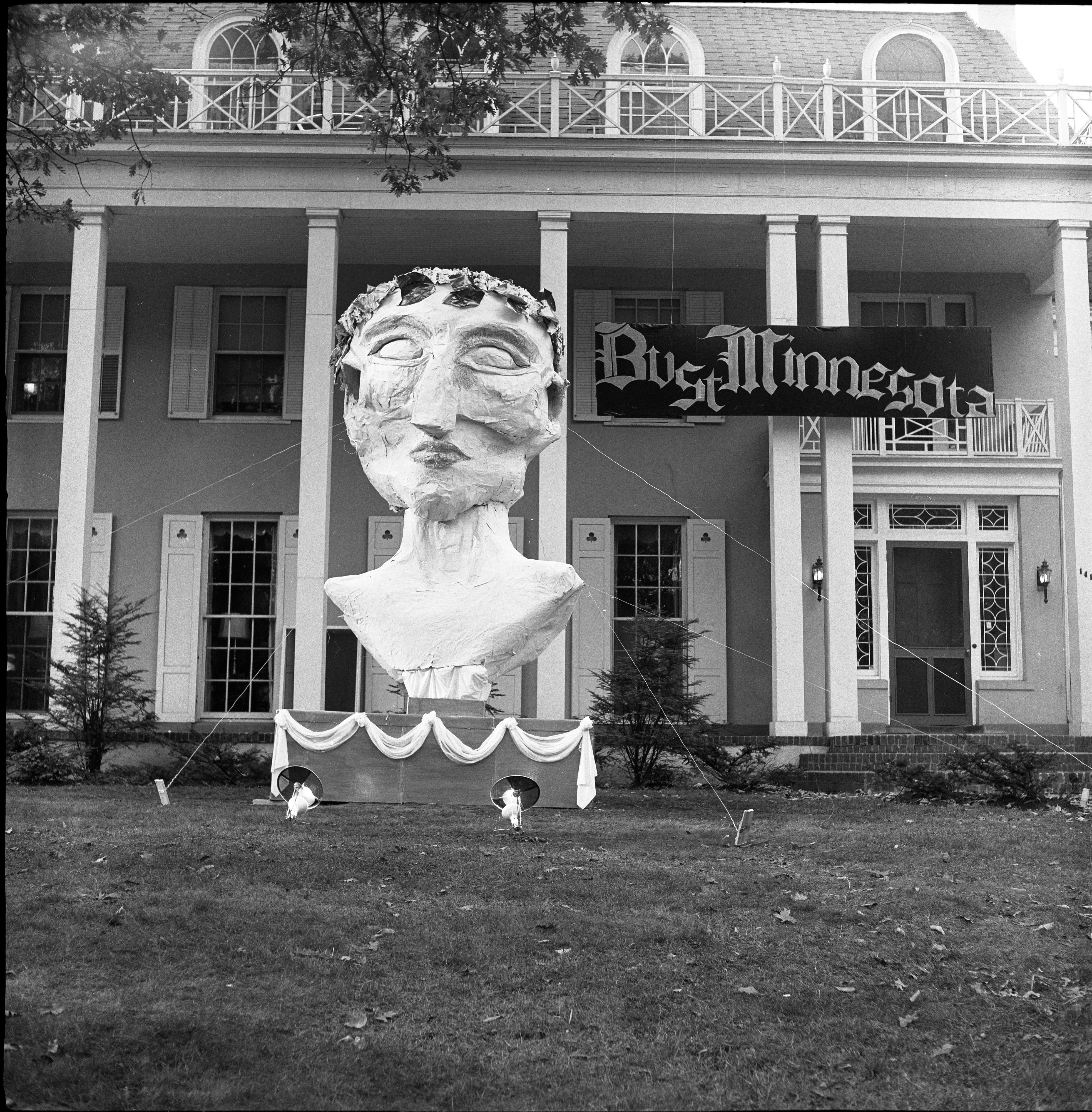 "University of Michigan Homecoming Display, ""Bust Minnesota"", October 1960 image"