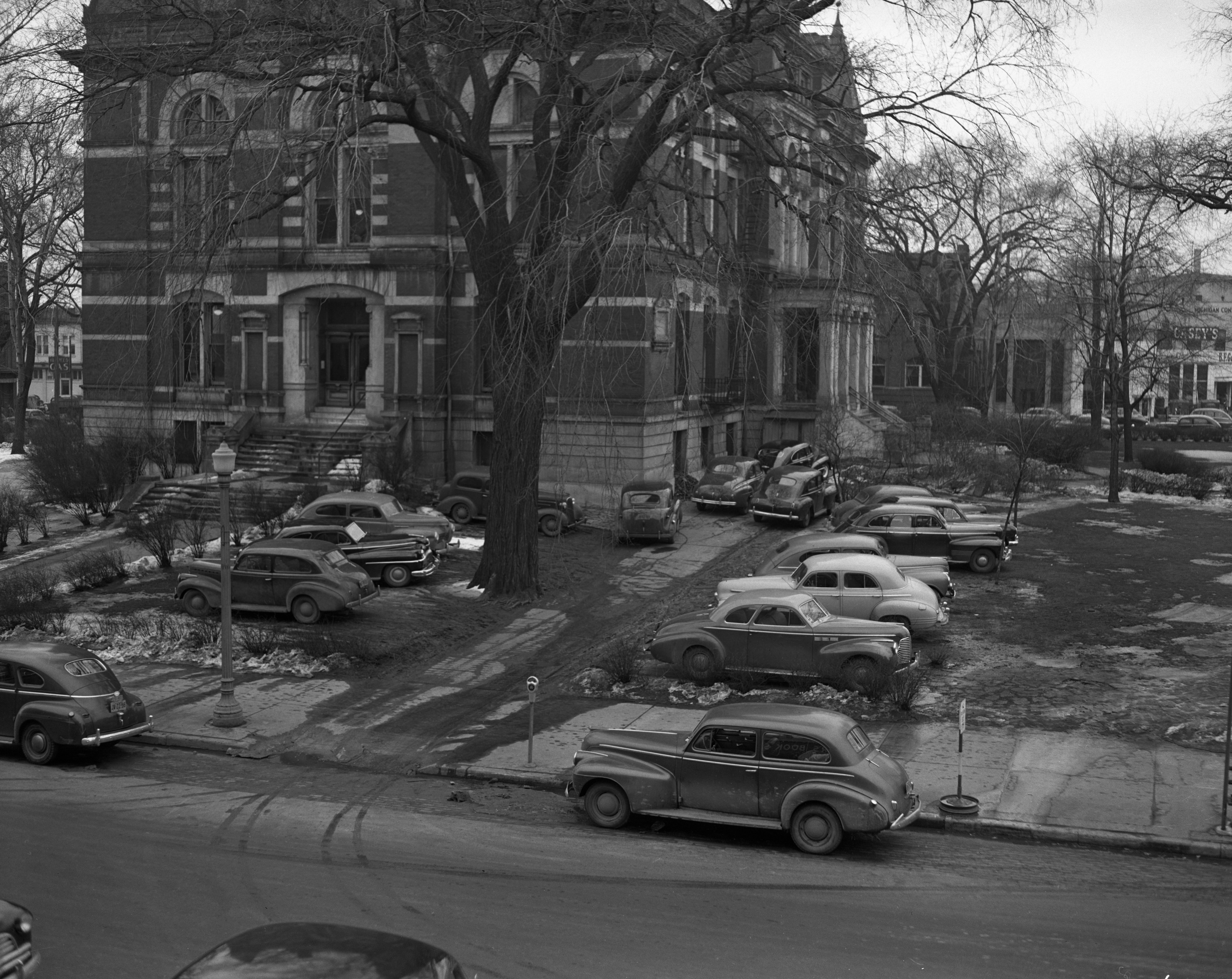 Parking at the Court House, March 1947 image