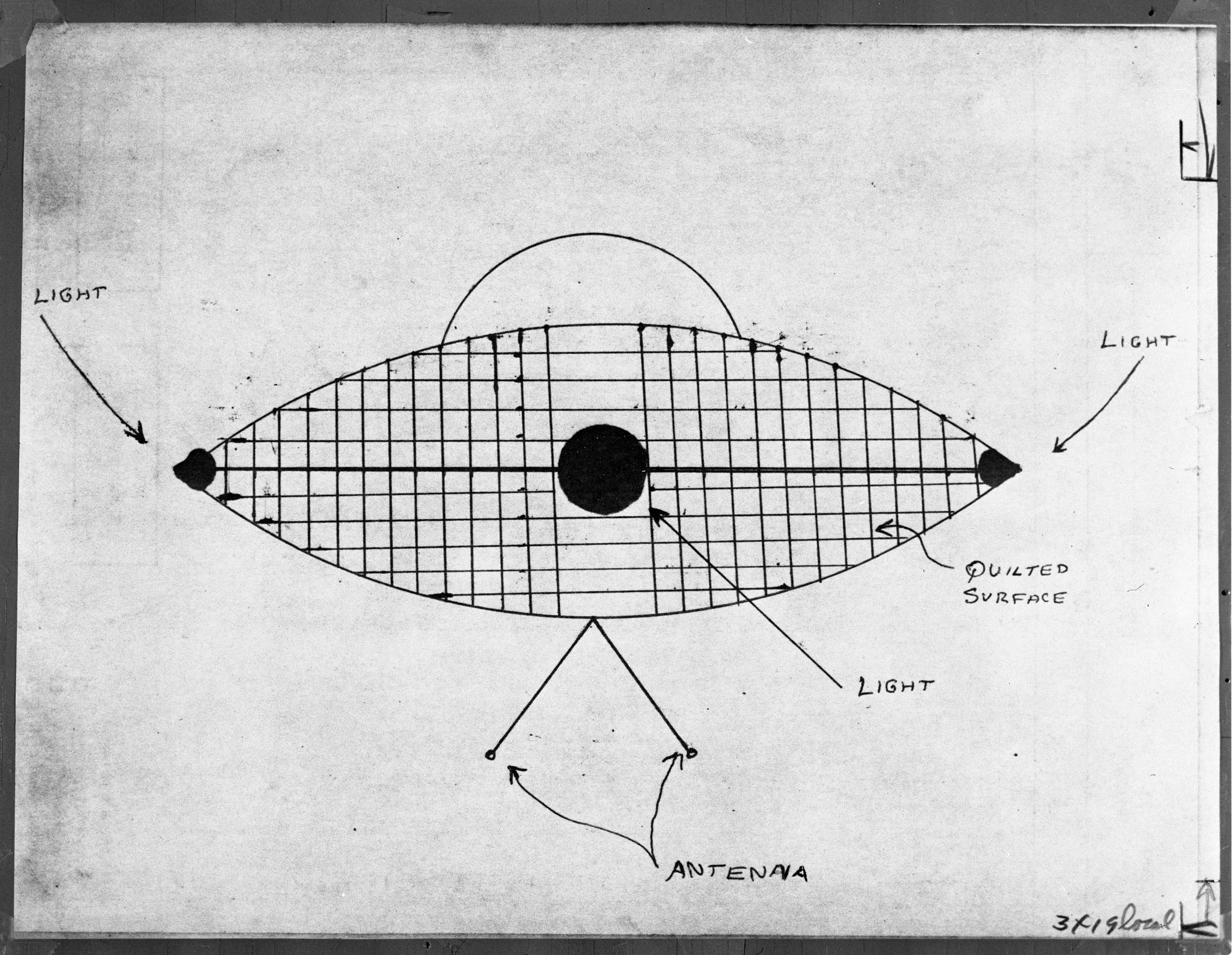 Drawing of UFO Sighted at Mannor Farm in 1966 image