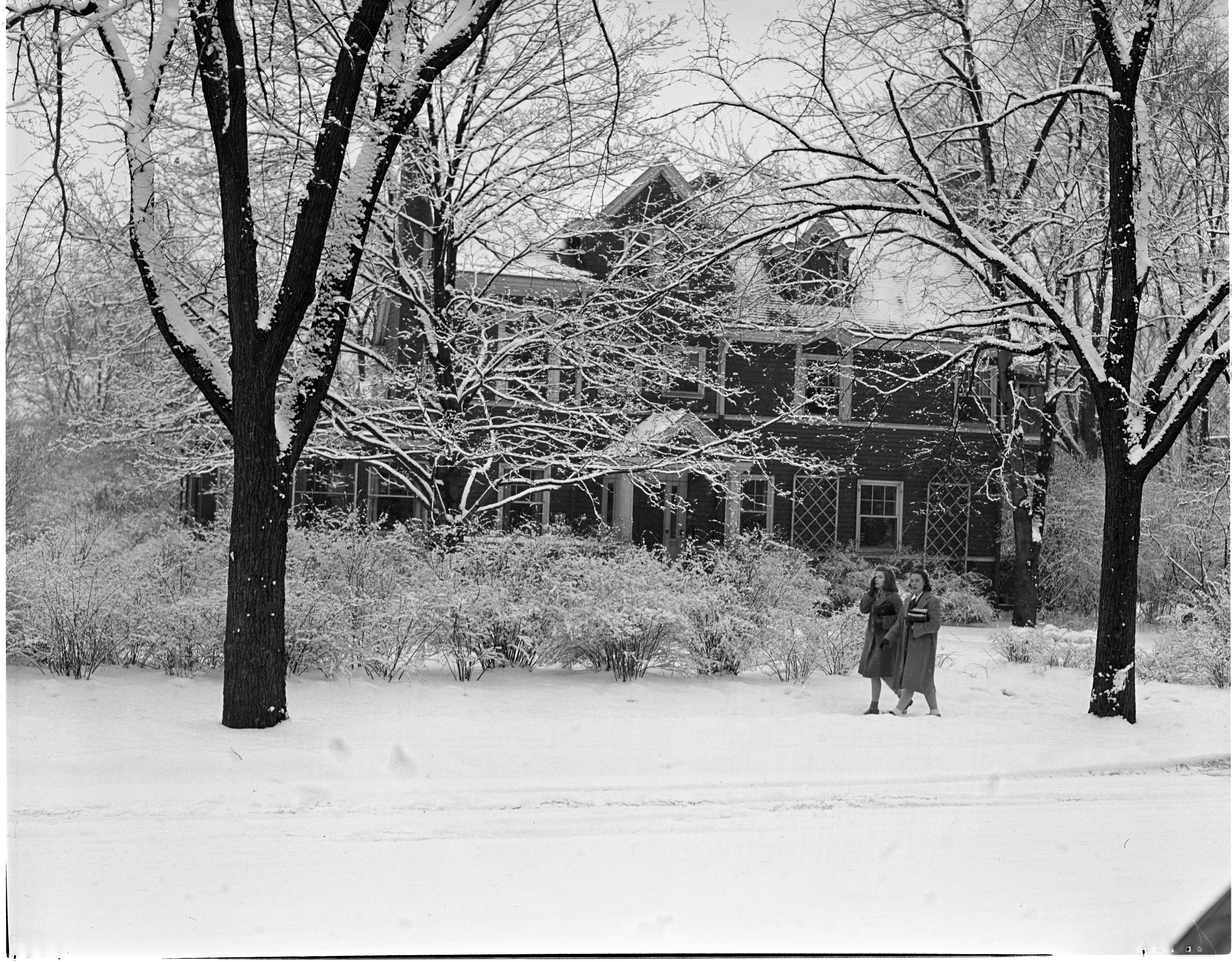 Snow Blankets The Home Of Harold Gray At 1416 Hill Street, February 1940 image