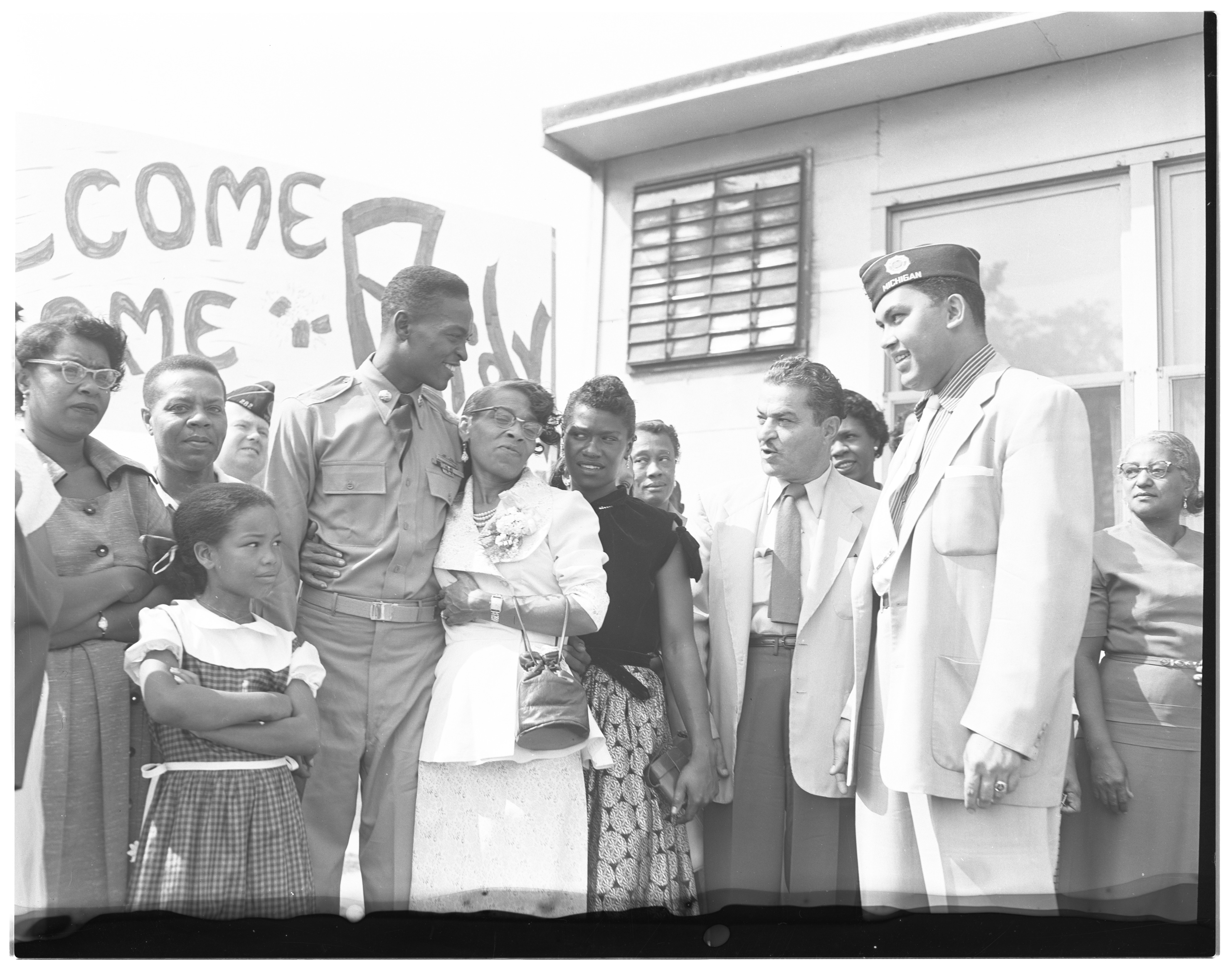 Ypsilanti Leaders Greet Korean War Vet Robert W. Fletcher, August 1953 image