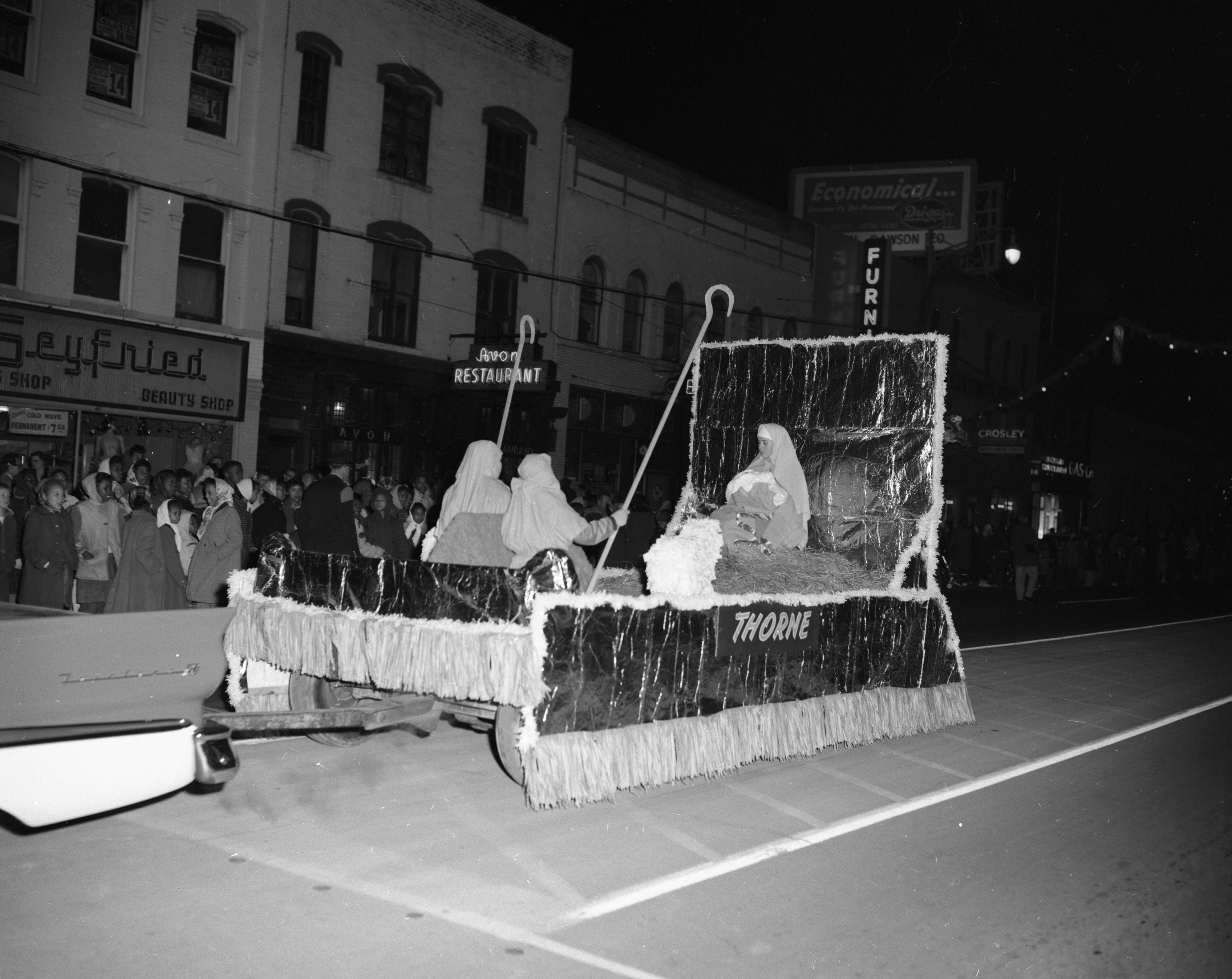 """The Madonna"" float, by Thorne Elementary School, Ypsilanti Christmas parade, December 1957 image"