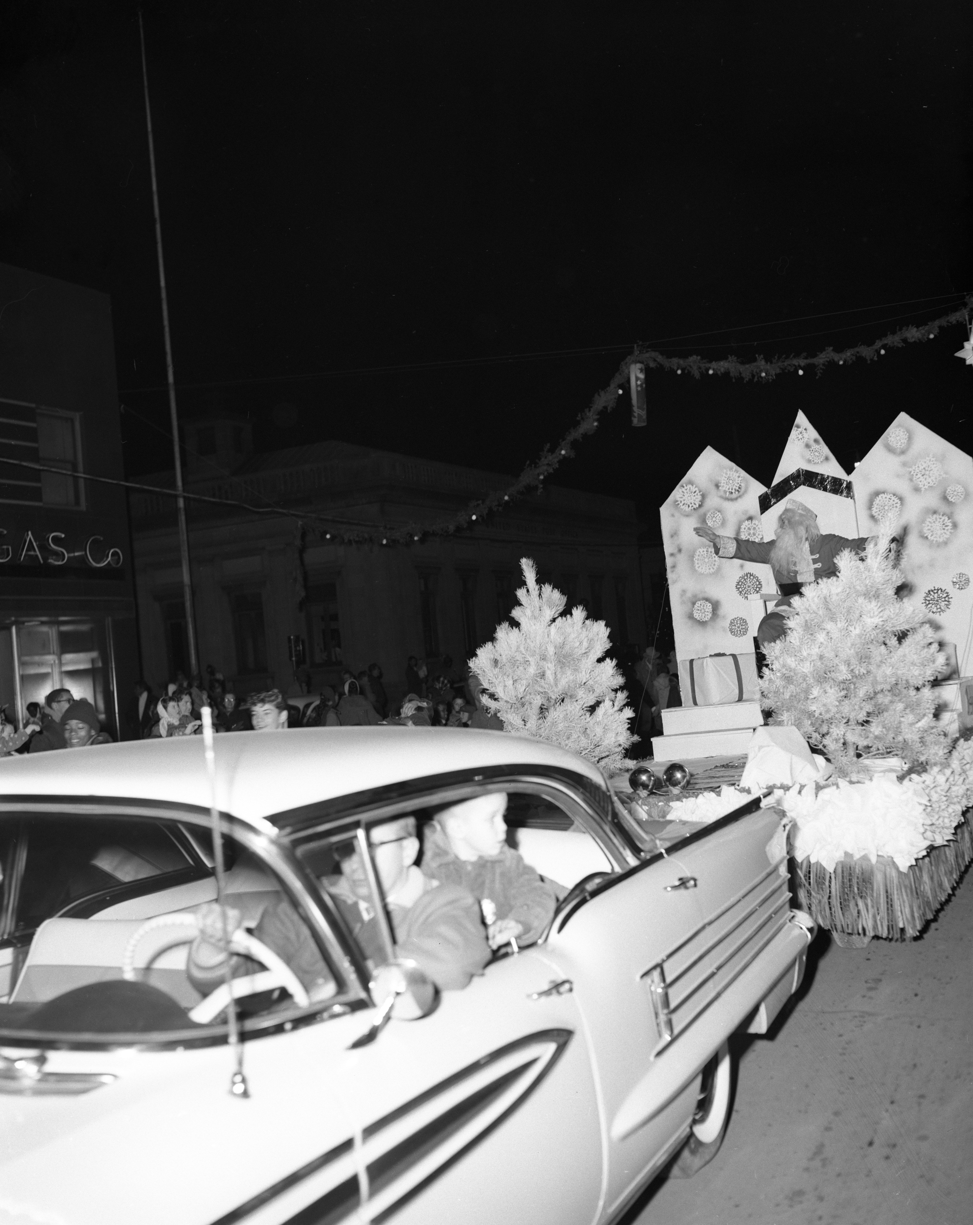 Santa joins the Ypsilanti Christmas parade, December 1957 image