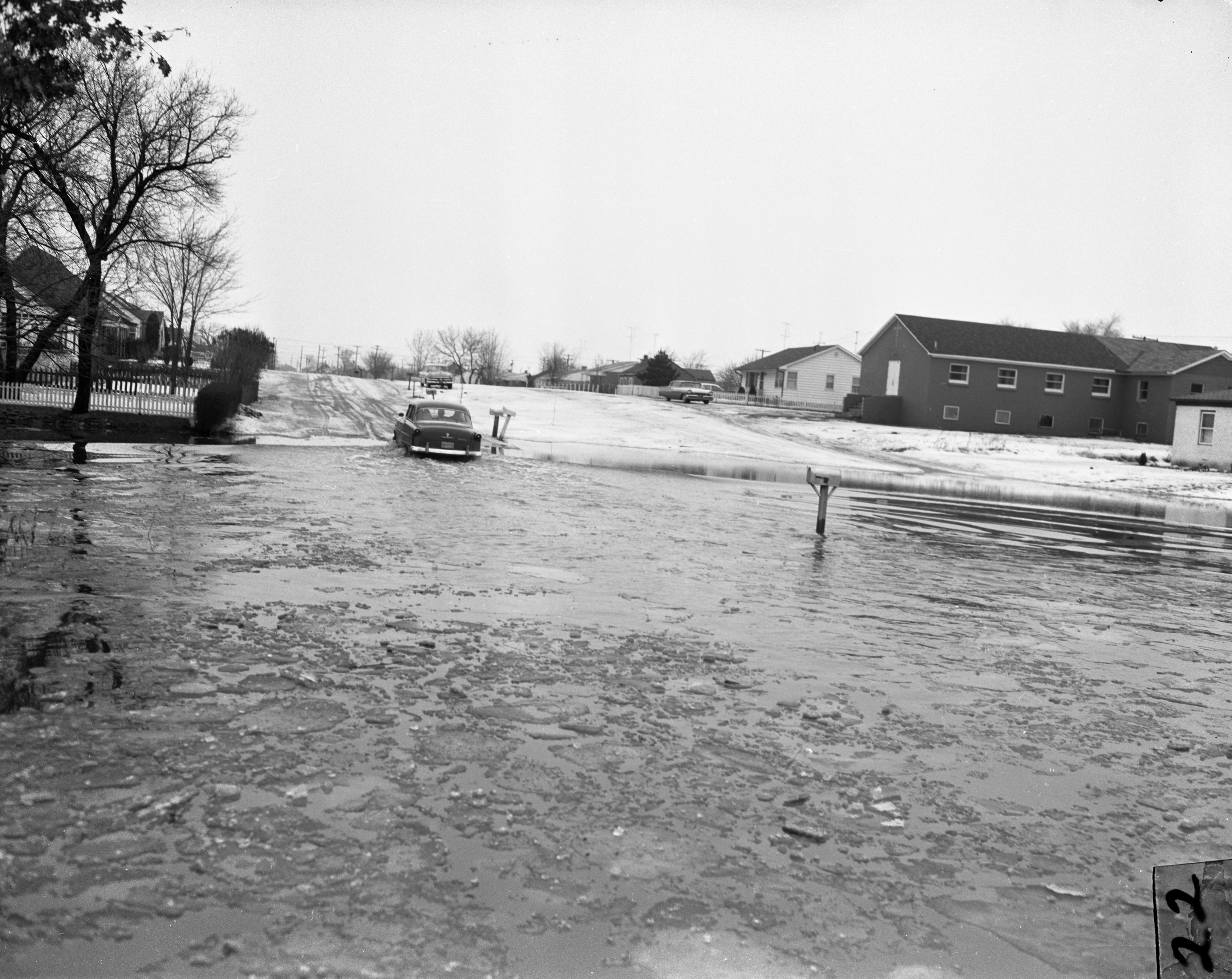 Flood at Willow Run Village, Forest Avenue and E. Grand Blvd., February 1959 image