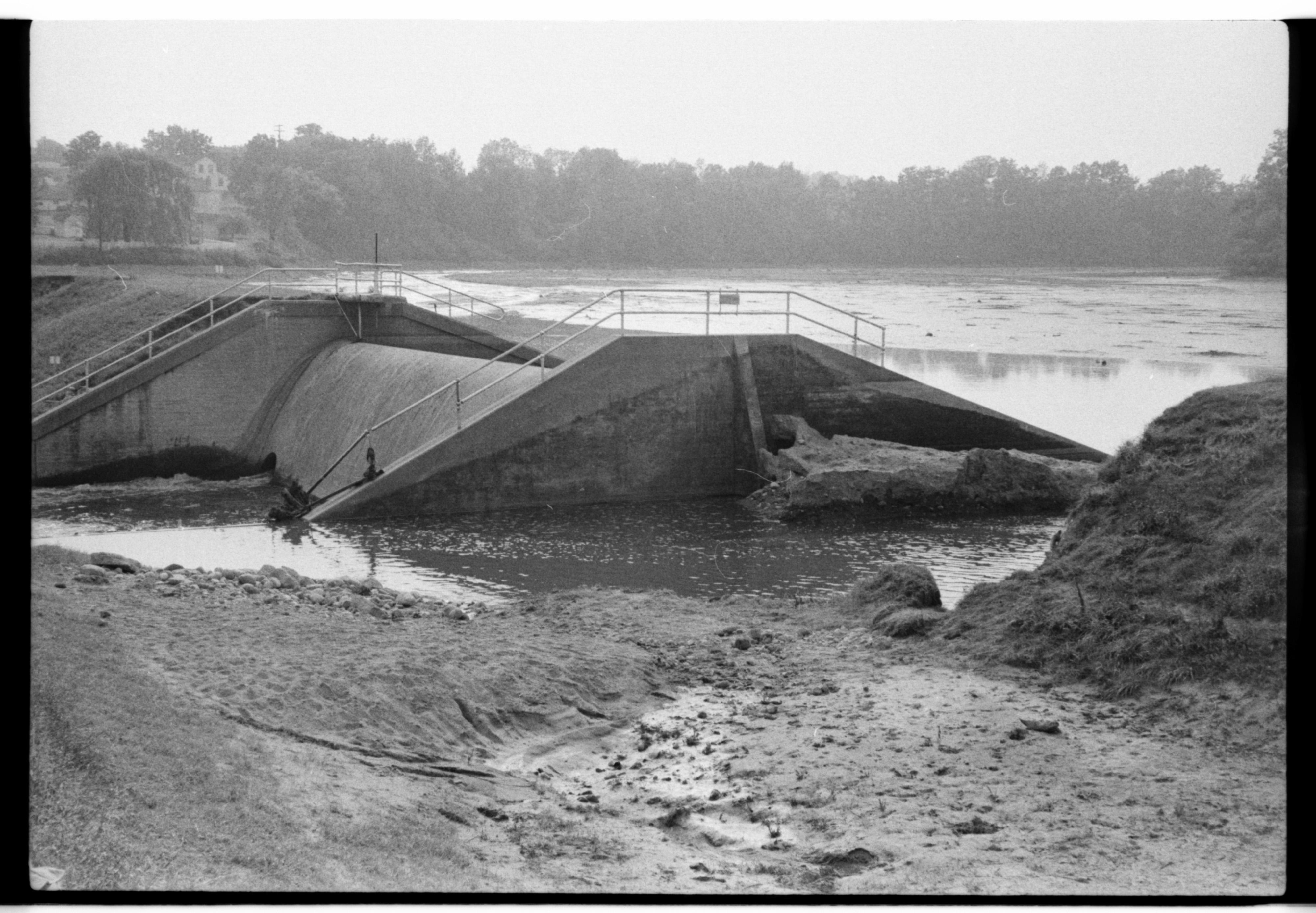 Saline River Dam Break, June 1968 Flood   Ann Arbor District