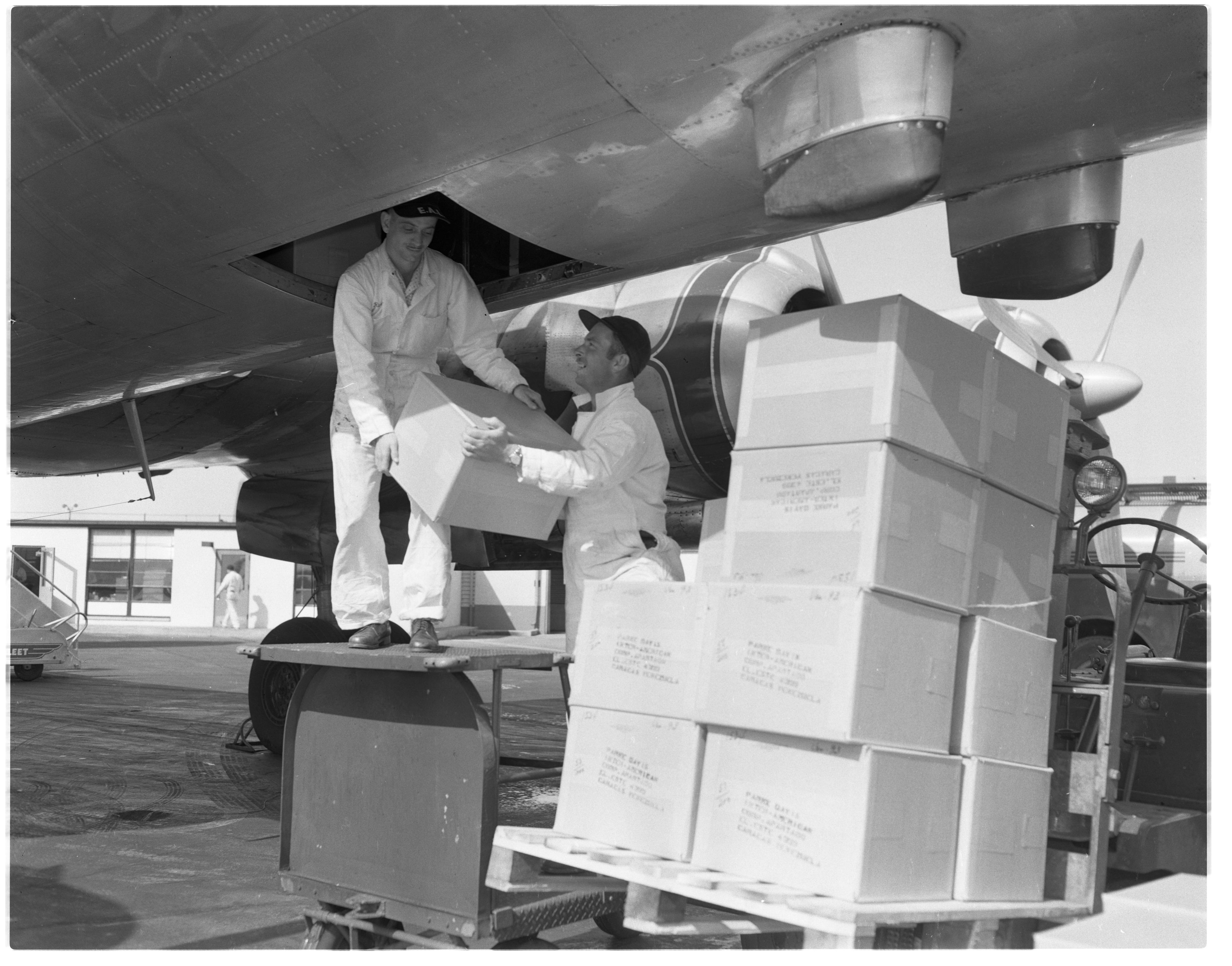 Donald Bennett and Robert Breazeale send polio vaccination to Caracas, Venezuela, April 23, 1955 image