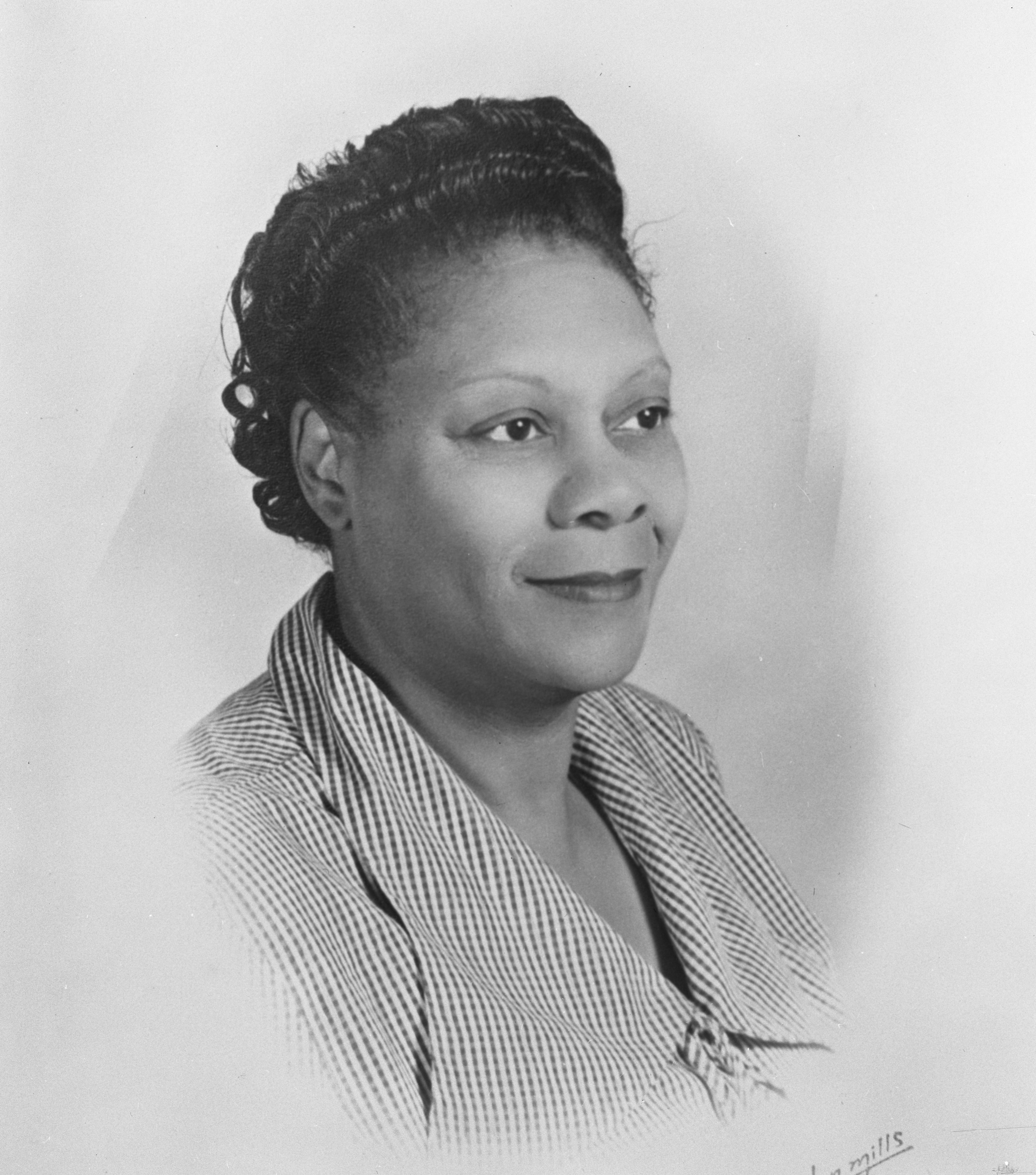 Linnia Knox Carpenter, Civic Leader and Community Volunteer, April 1953 image