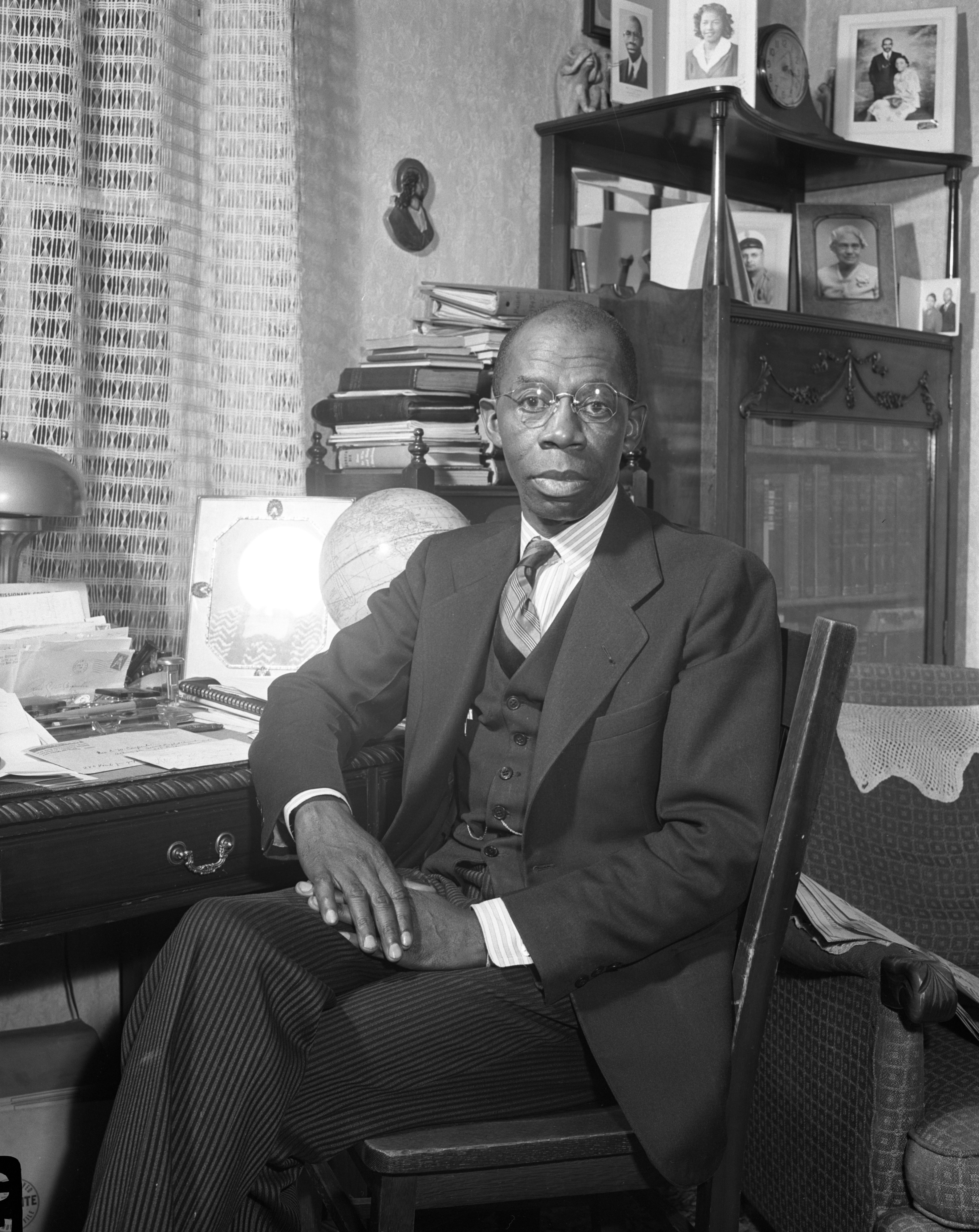 Rev. Charles W. Carpenter, 2nd Baptist Church, 1944 image