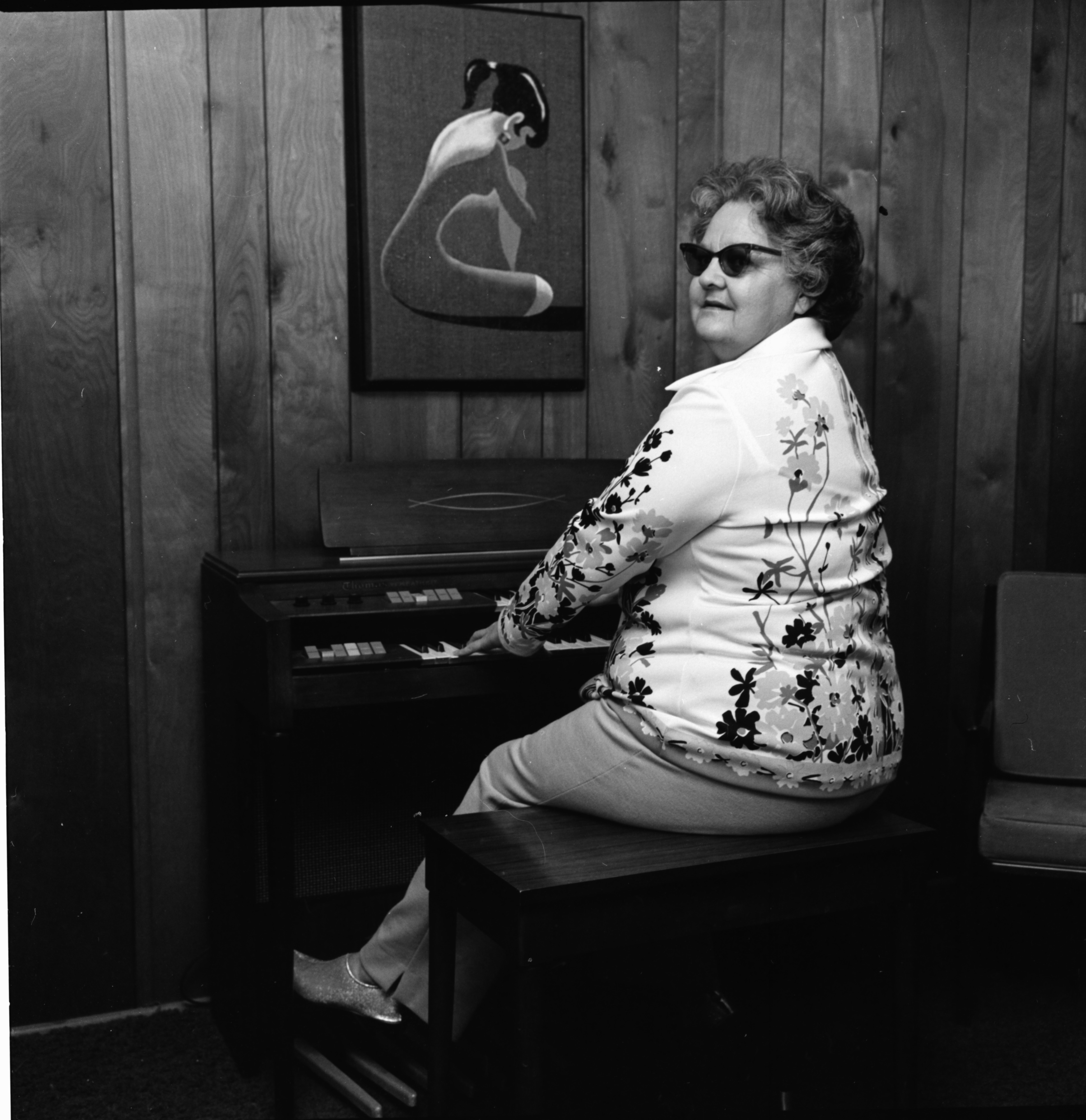 Mildred Dennis at her new organ, January 1973 image