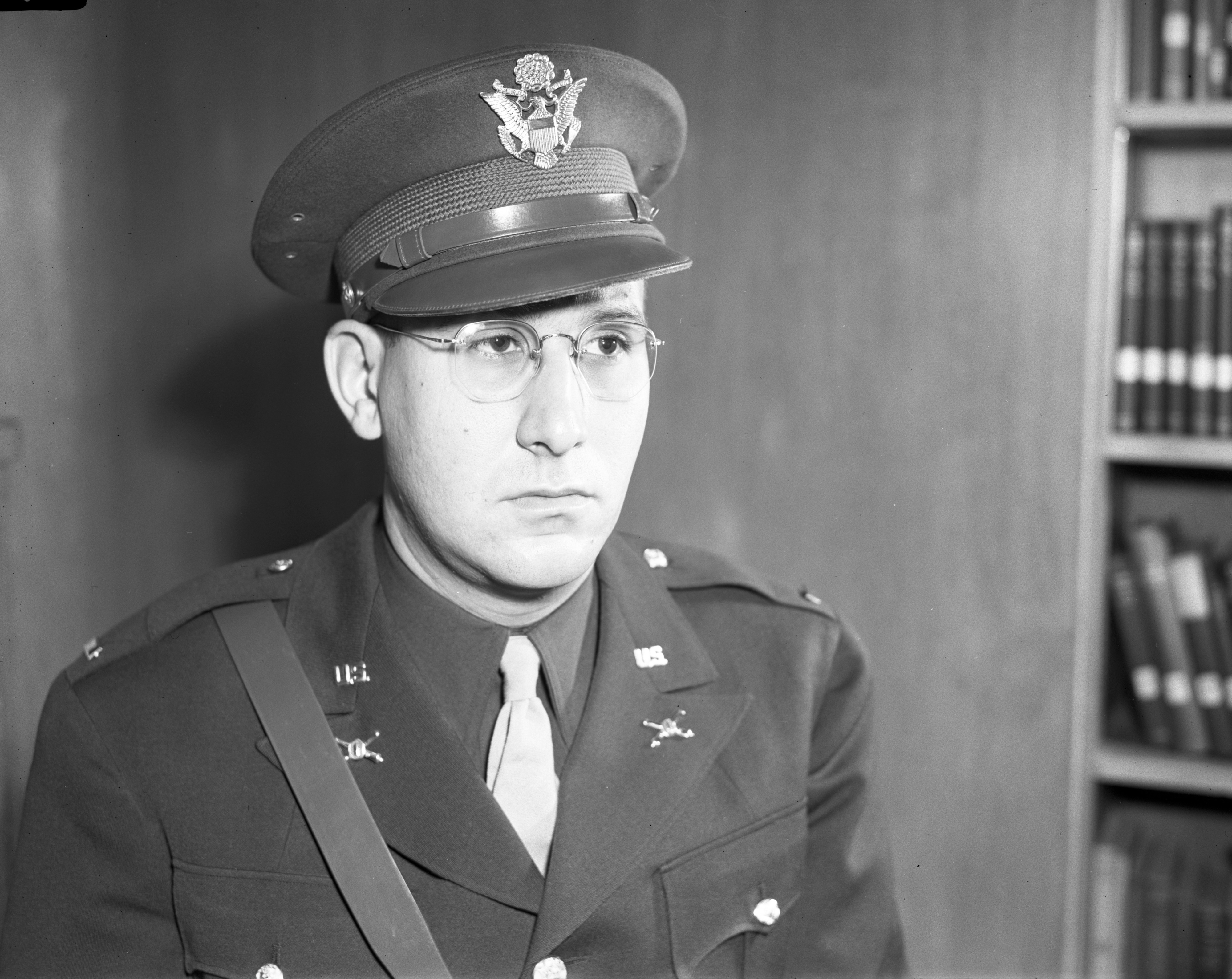 Lieutenant Louis W. Doll, US Army, December 1942 image