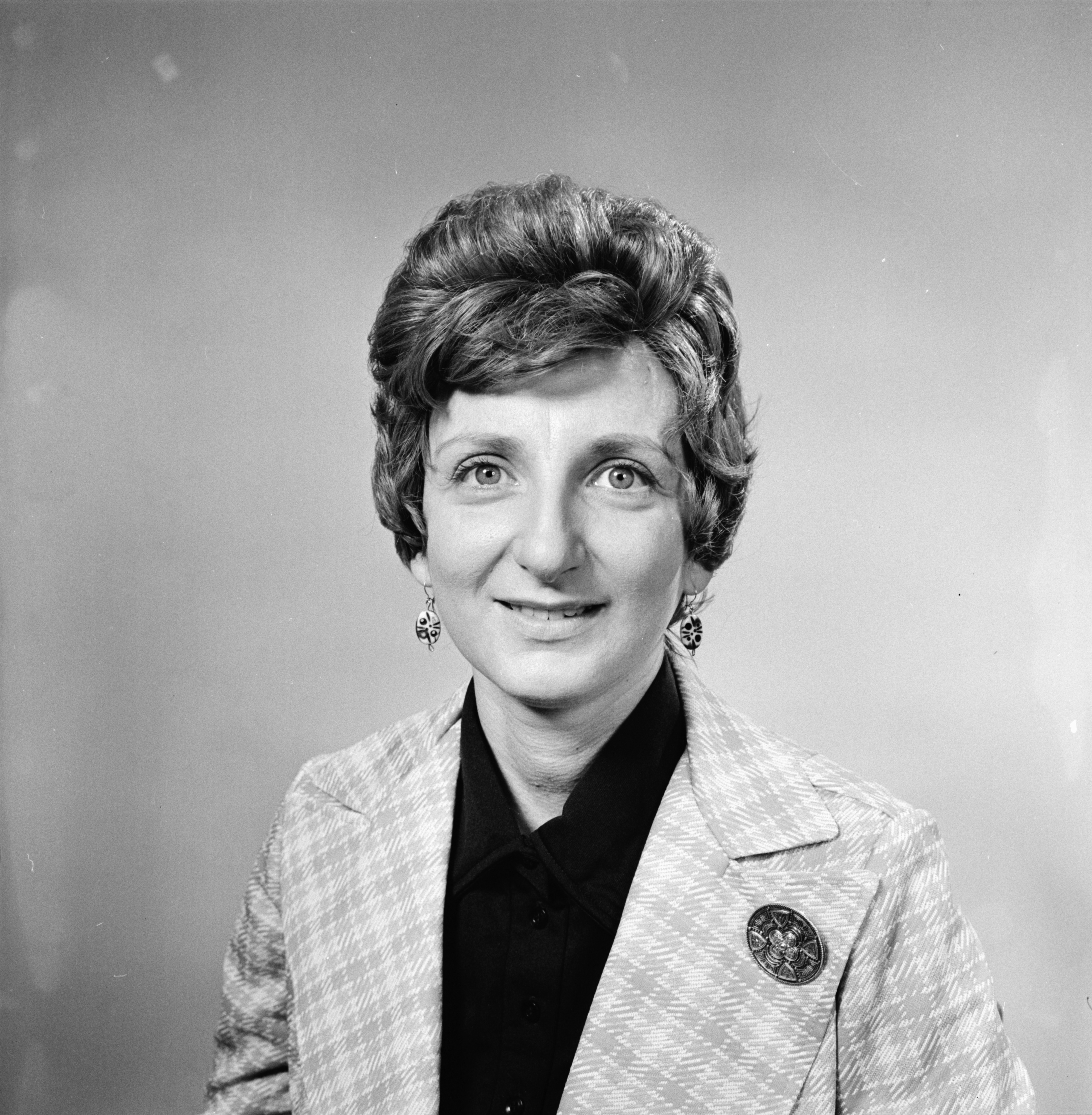Naomi Gottlieb, Ann Arbor League of Women Voters President, May 1973 image