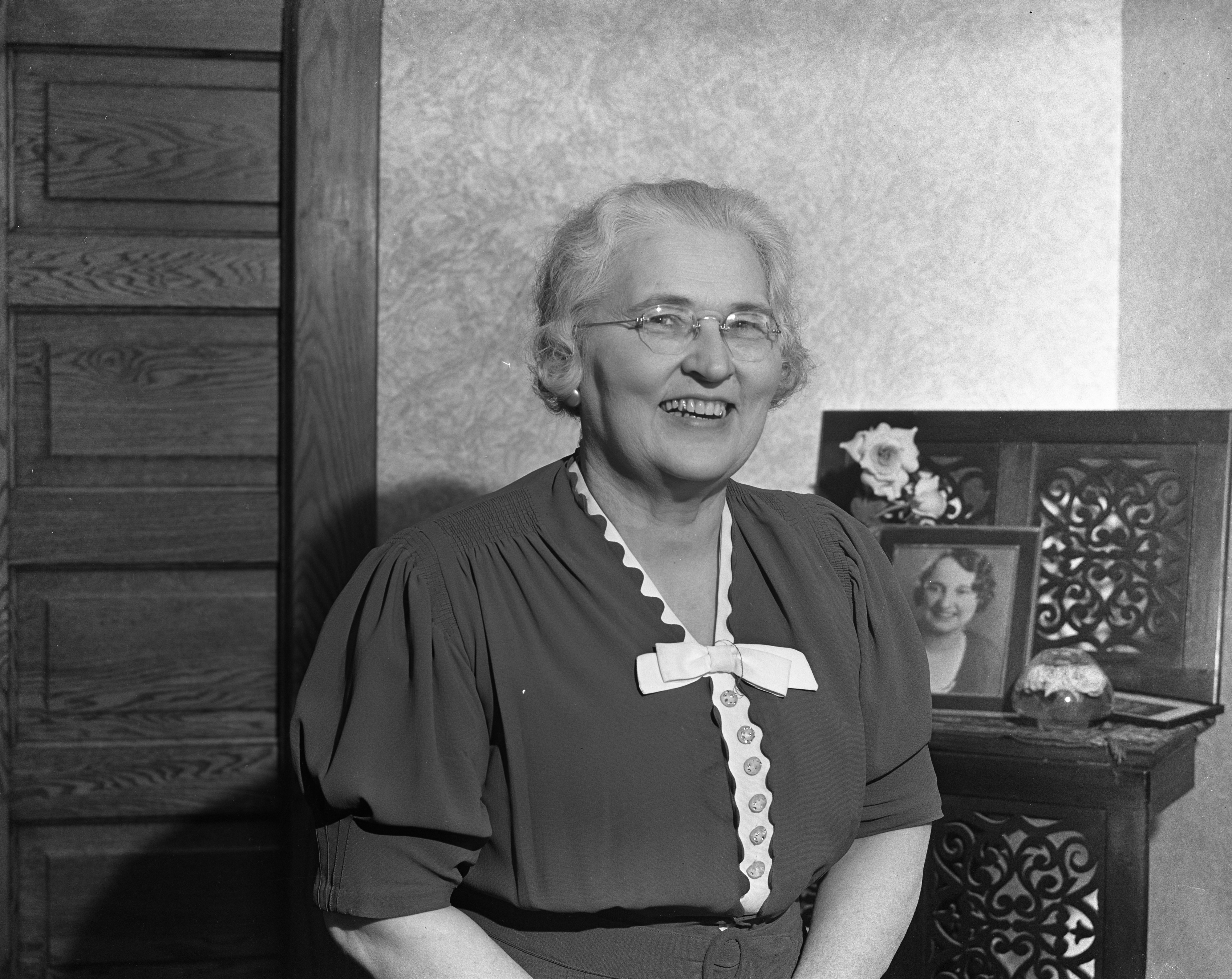 Retiring University of Michigan Cataloguing Chief Lunette Hadley, 1938 image