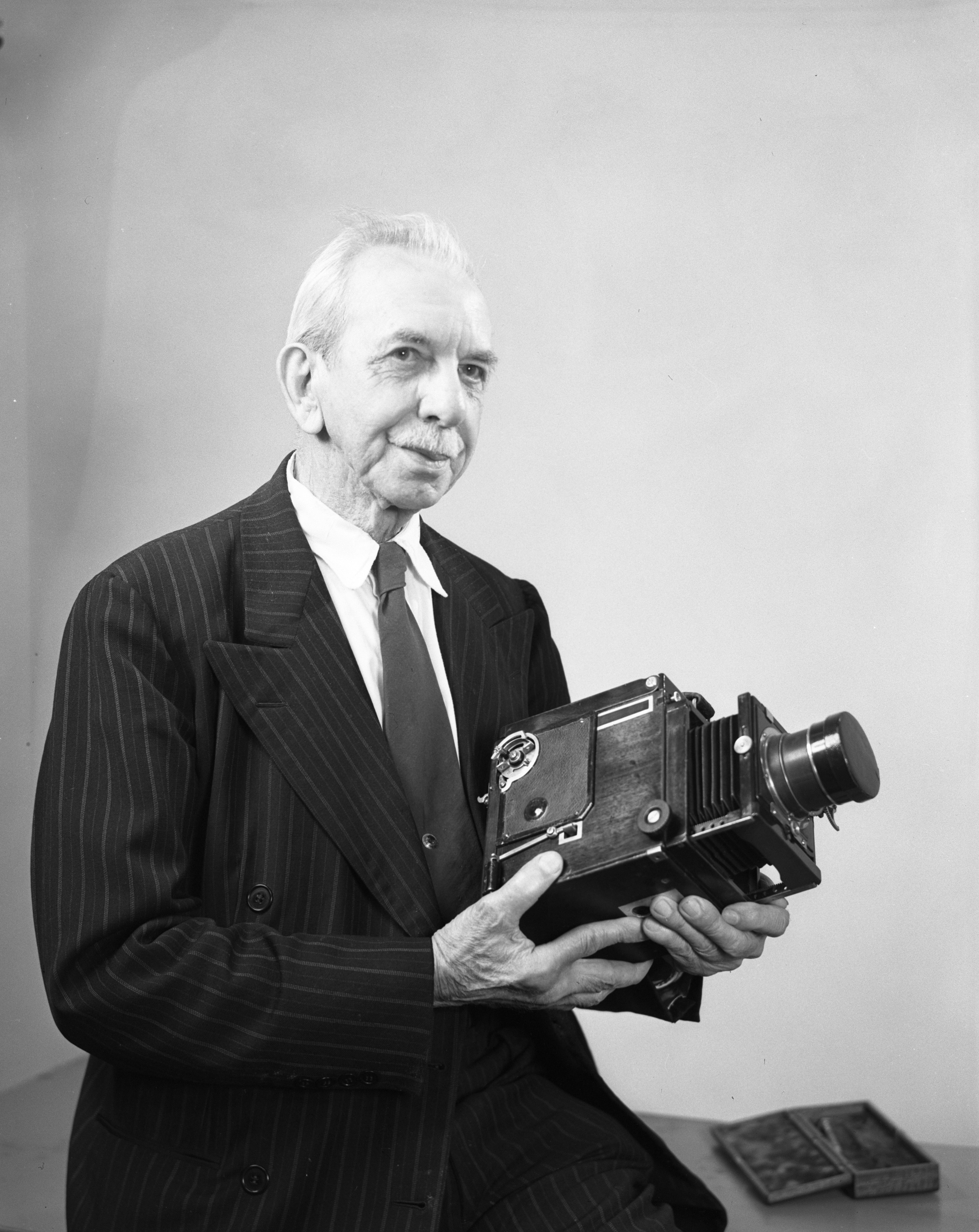 A.D. Johnson, painter, inventor, photographer, May 1948 image