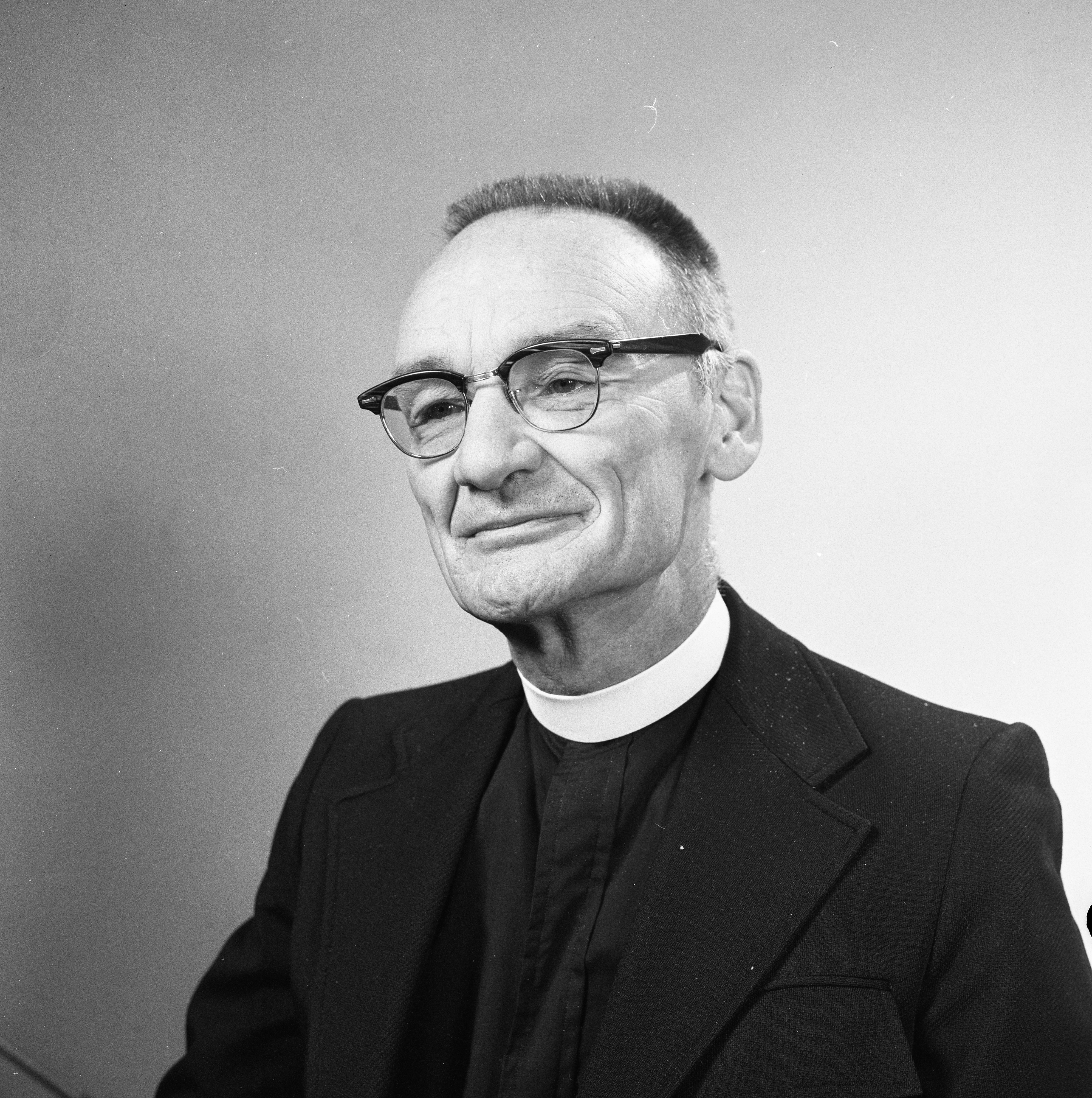 St. Andrew's Episcopal Church Rector Rev. Gordon M. Jones Jr., October 1973 image