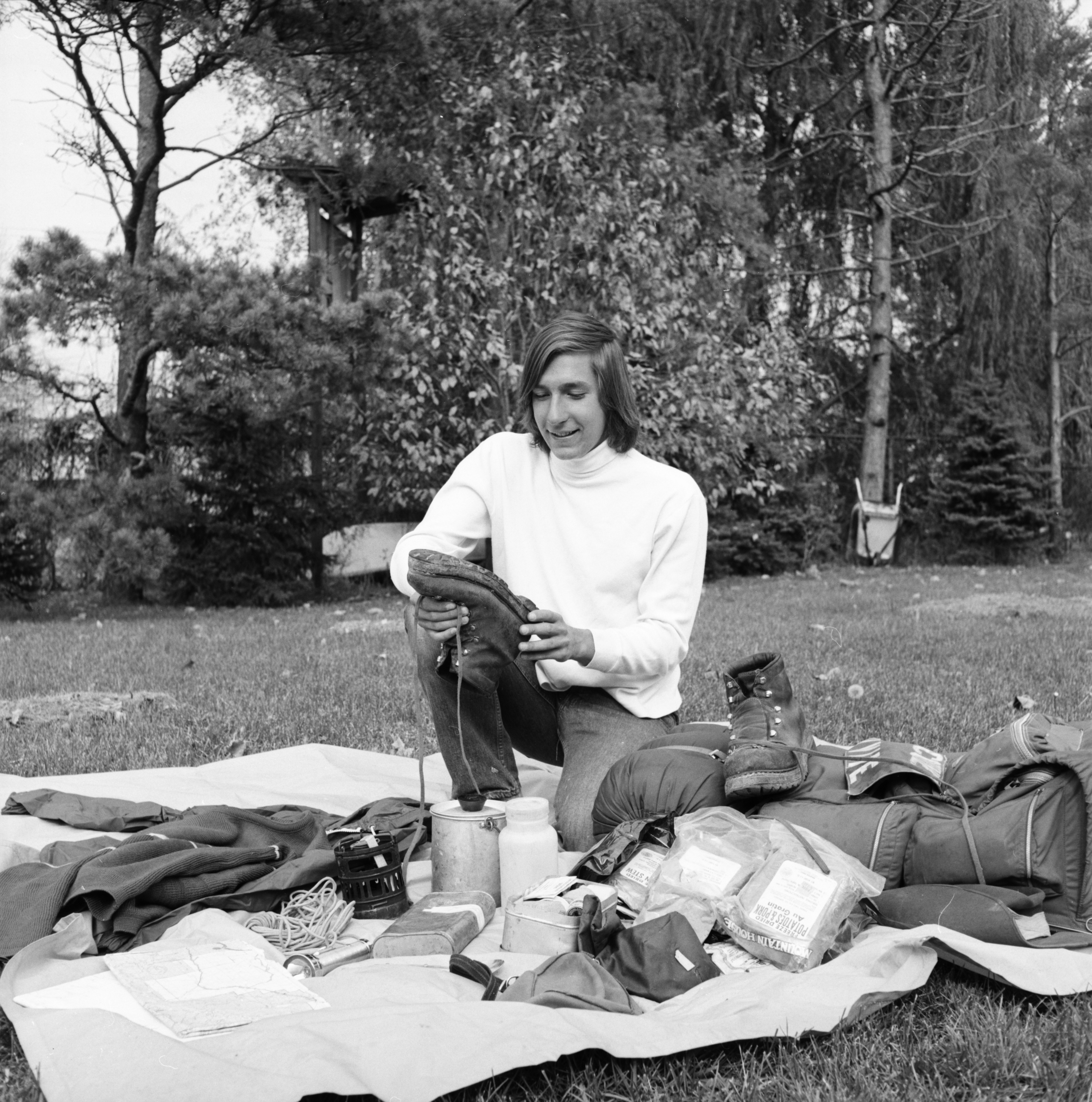 Eric Ryback returns from hiking trip, October 1972 image