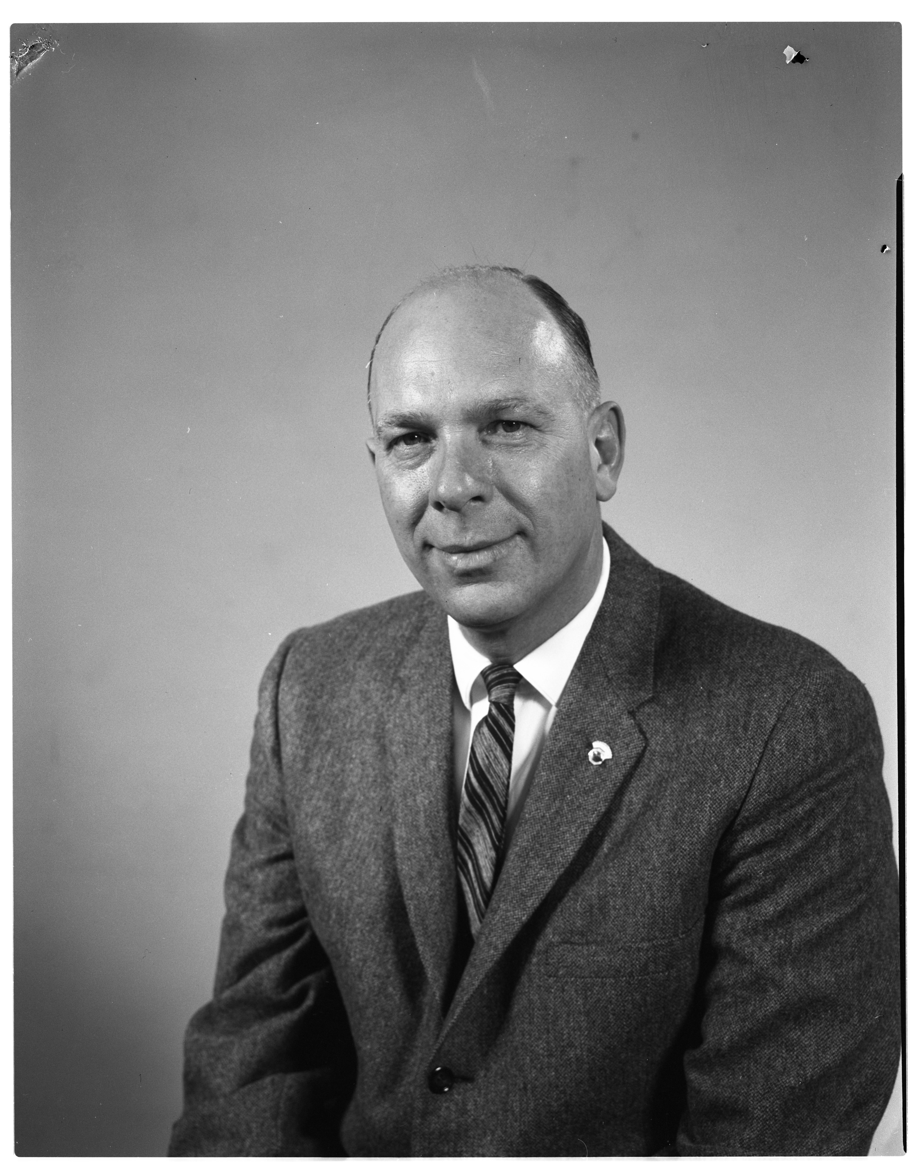 Alfred O. Toney, Manager of Beer Vault, Elected President of Noon Optimist Club, April 1959 image