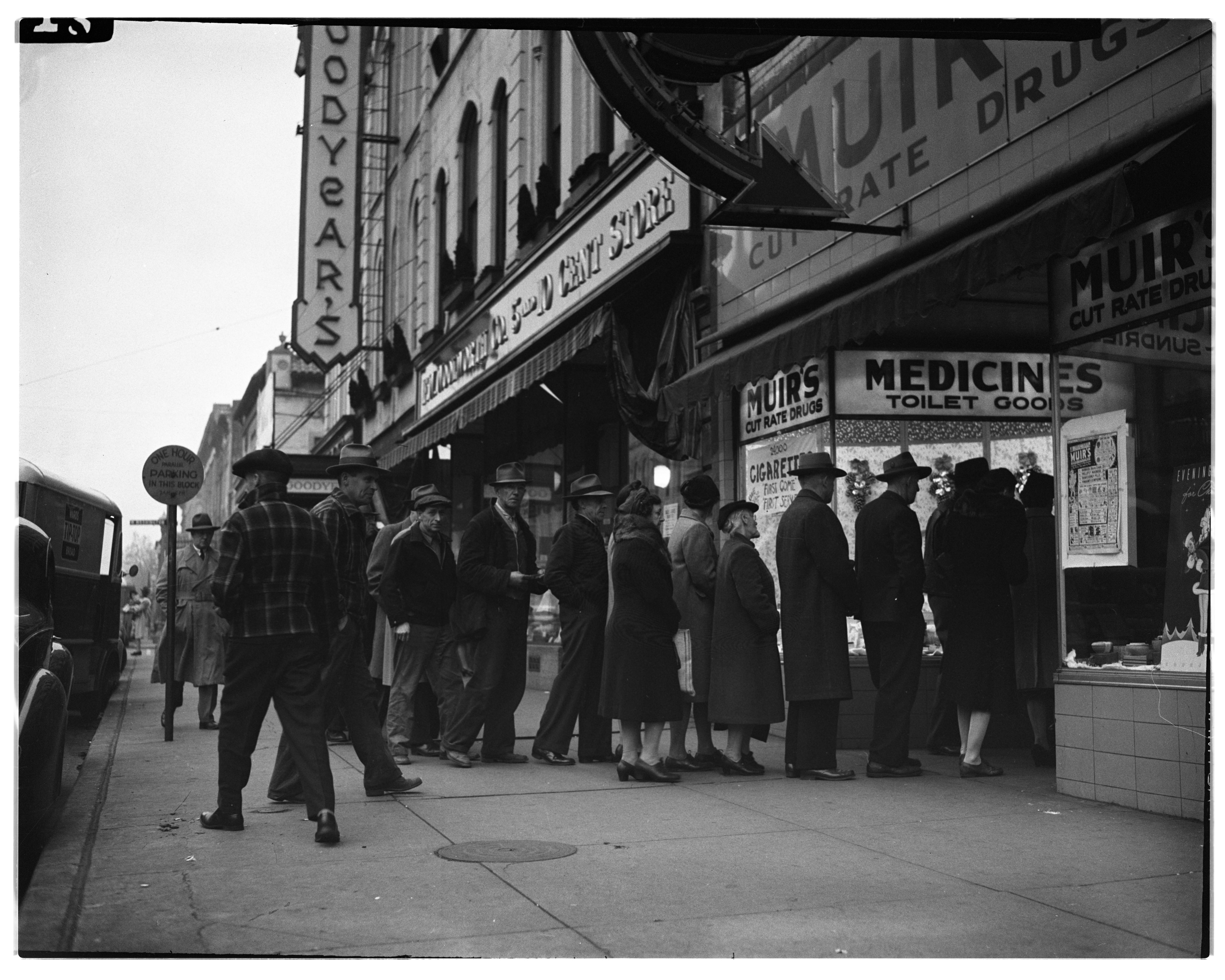 Line-Up at Muir's During Cigarette Shortage, November 1944 image
