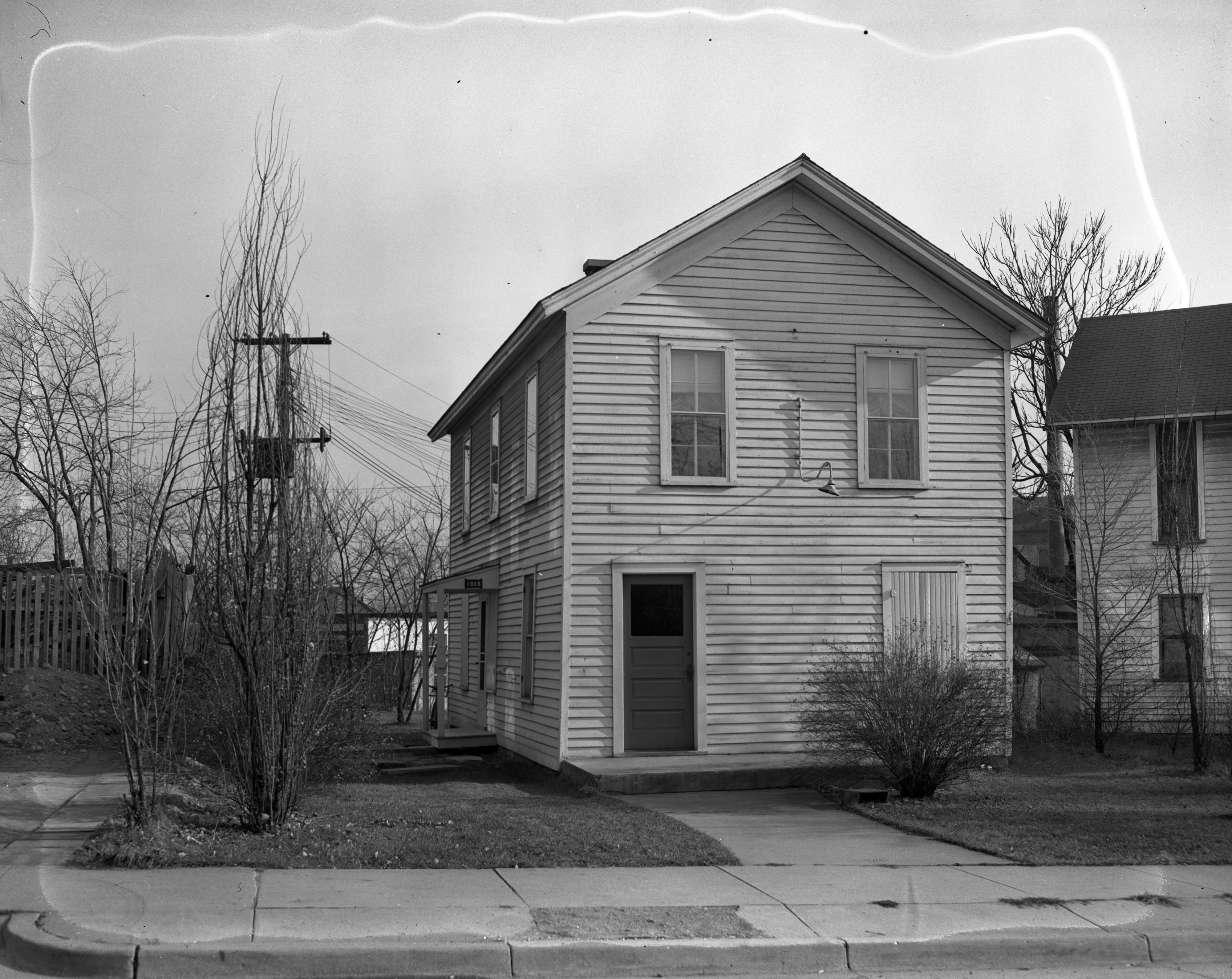 Exterior of 5th Ward Voting Building, home for a WWII veteran, November 1946 image