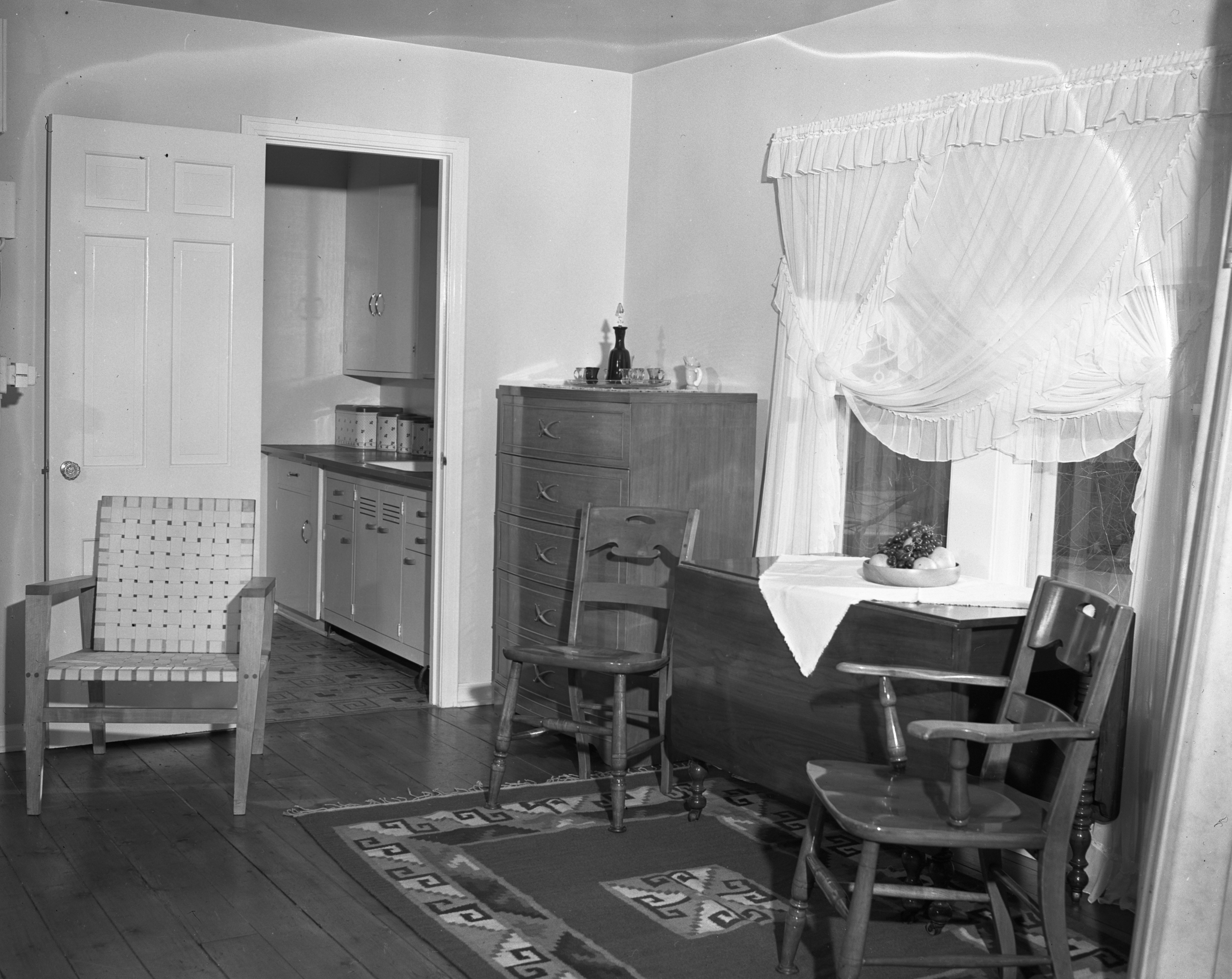 Interior of 5th Ward Voting Building, home for a WWII veteran, November 1946 image