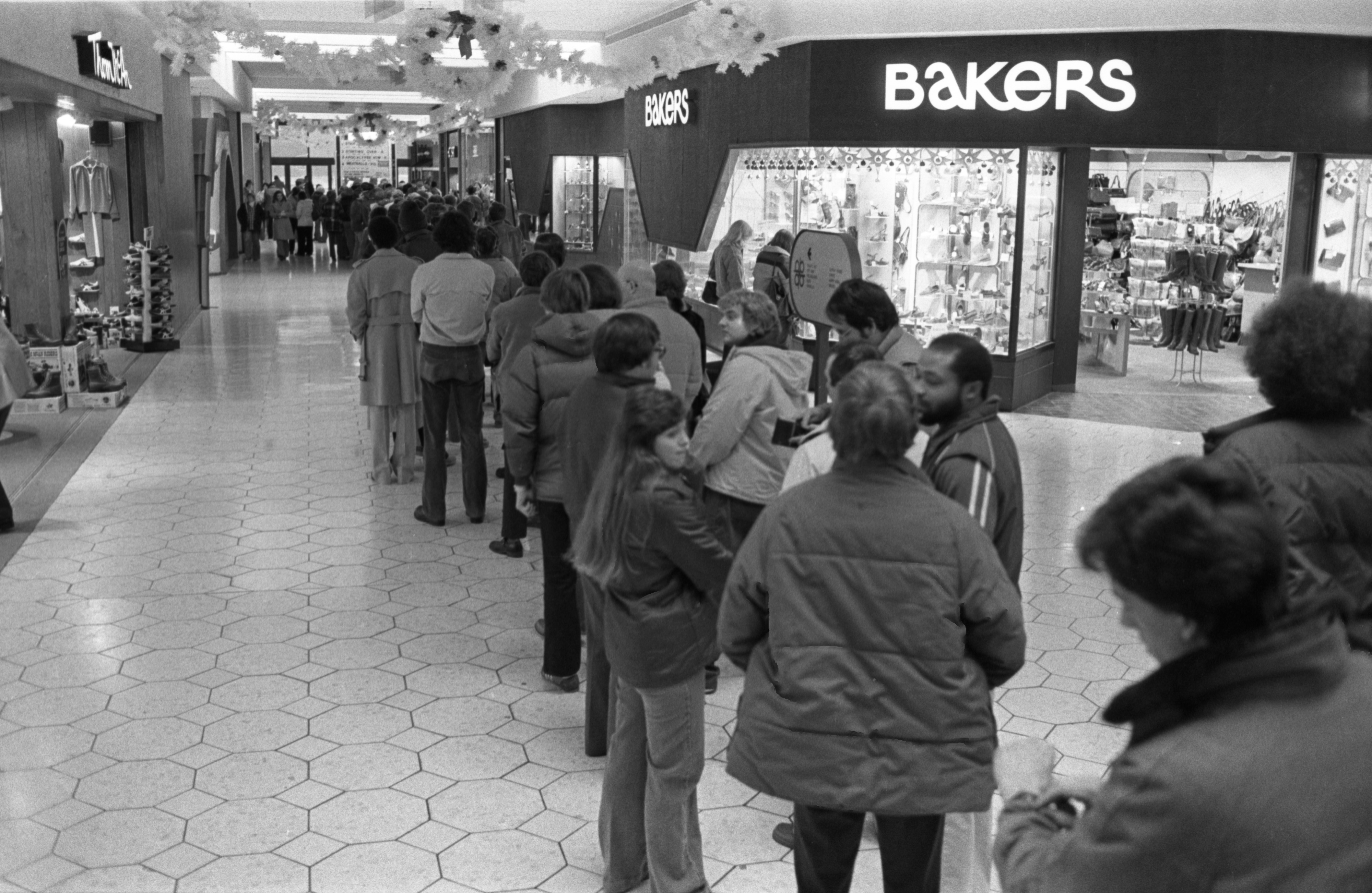 Fans Wait In Line At Briarwood For Opening Day Of Star Trek The Motion Picture, December 7, 1979 image