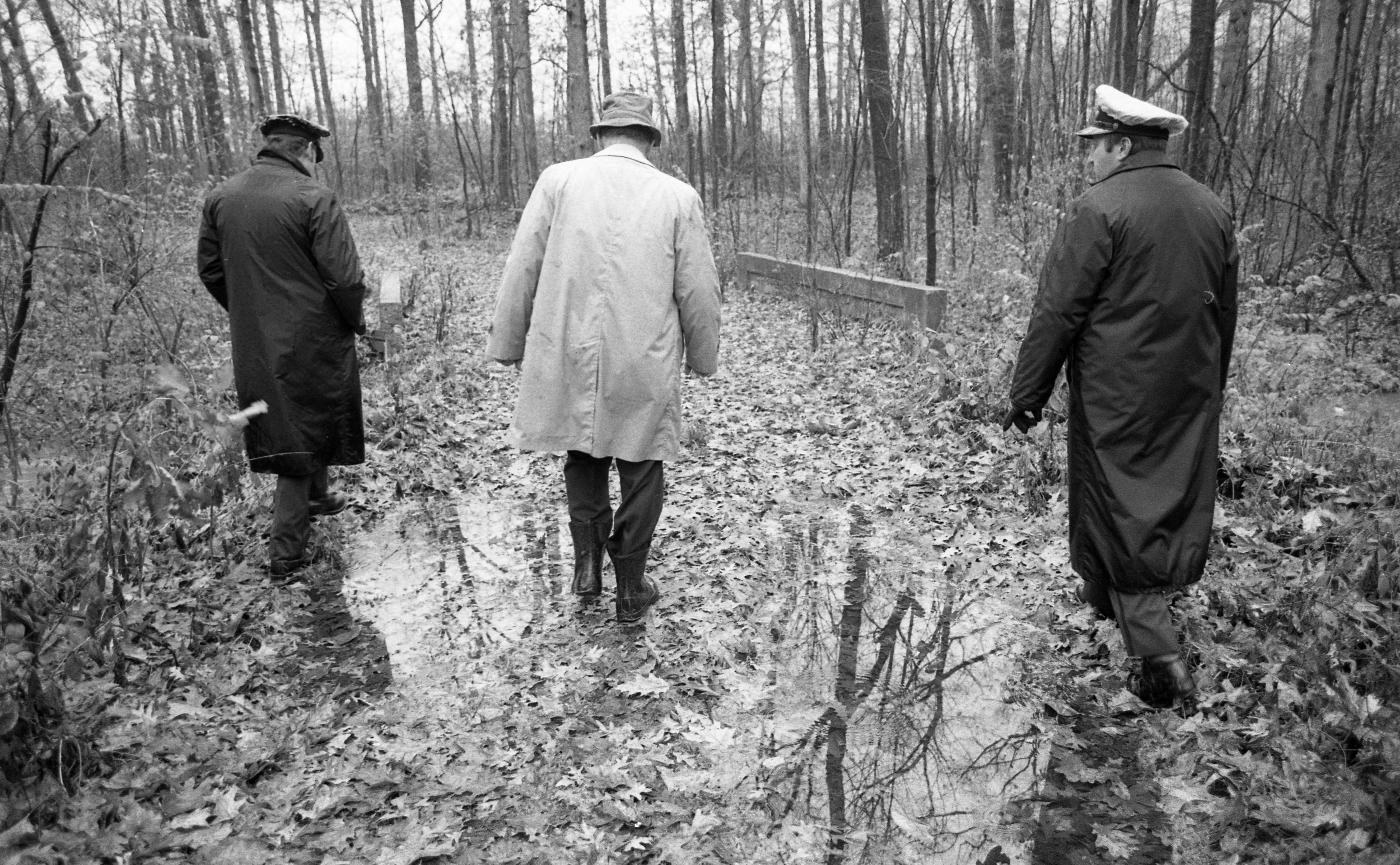 Ann Arbor Police Force Searches For Purse in Nancy Faber Murder Investigation, November 1983 image