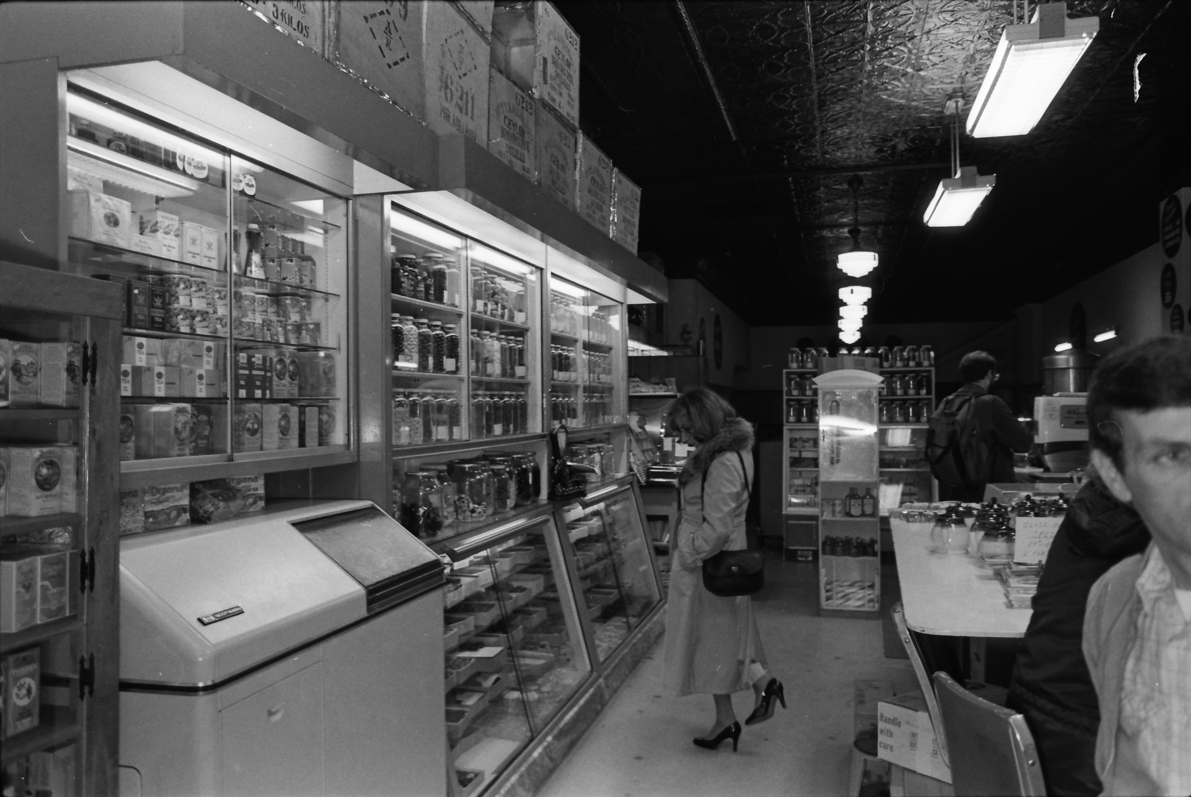 Drake's Sandwich Shop, Interior, November 1979 image