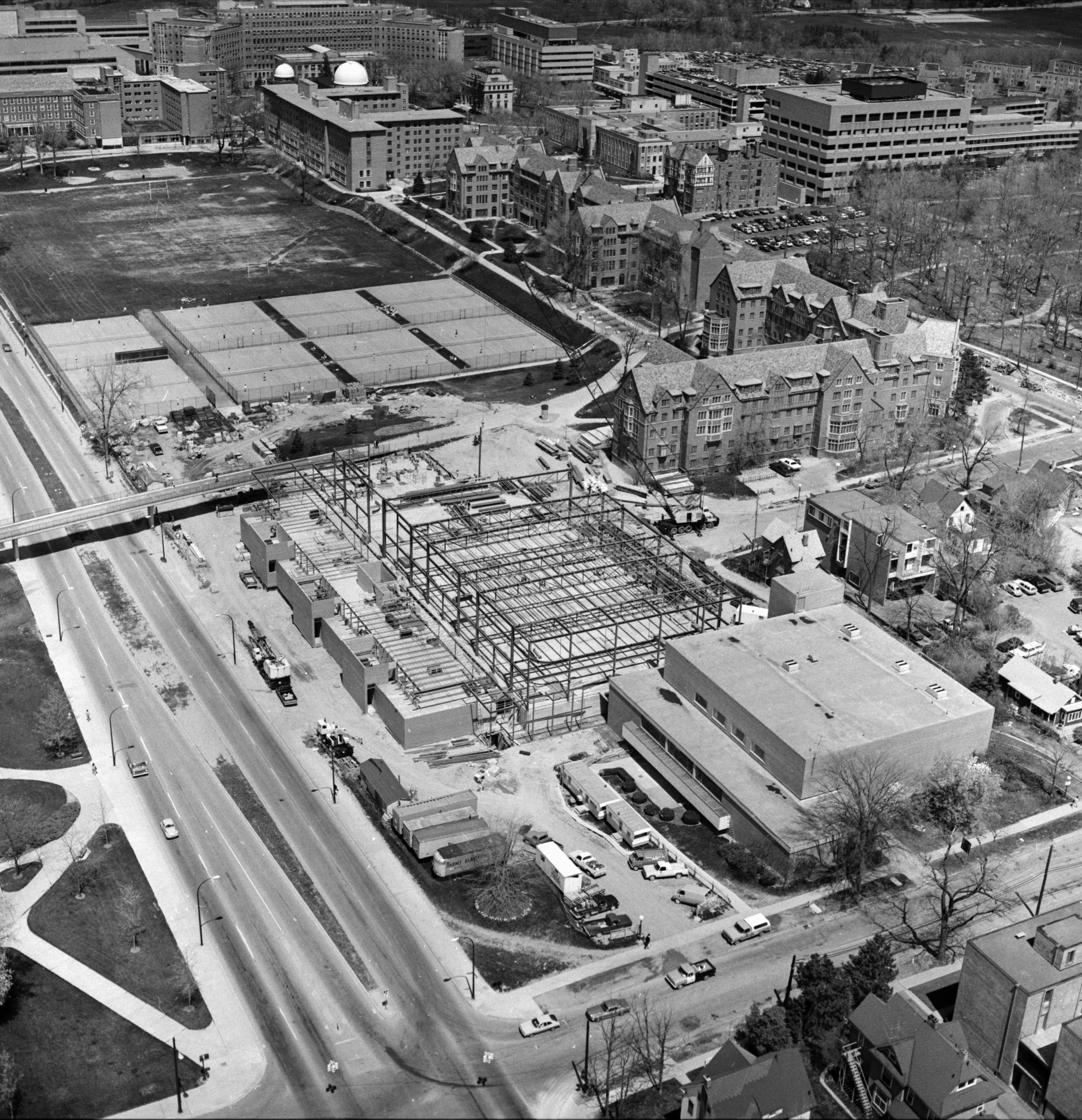 Aerial Photograph of Central Campus Intramural Building, University of Michigan, May 1975 image
