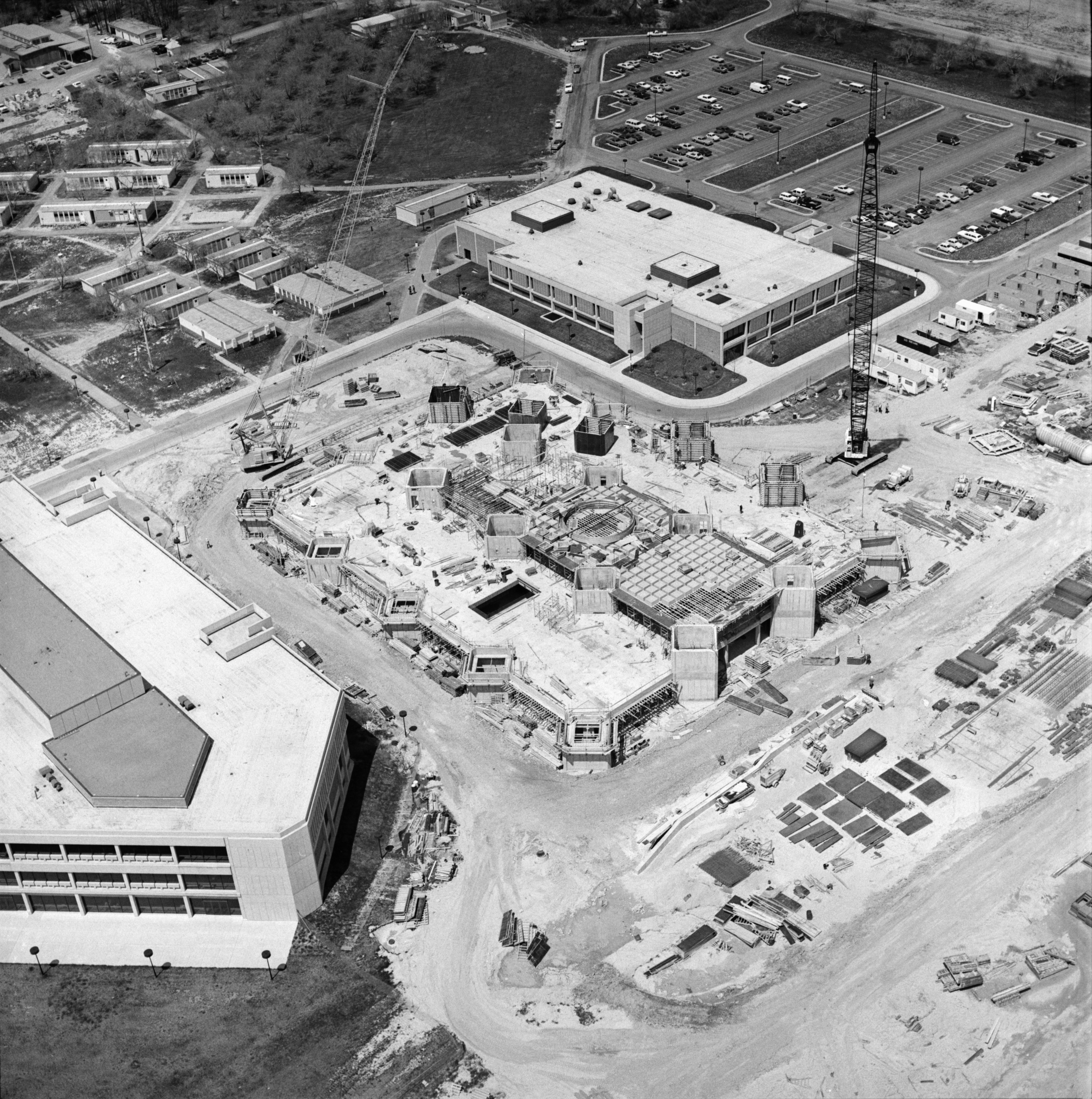 Aerial Photograph of Washtenaw Community College, May 1975 image