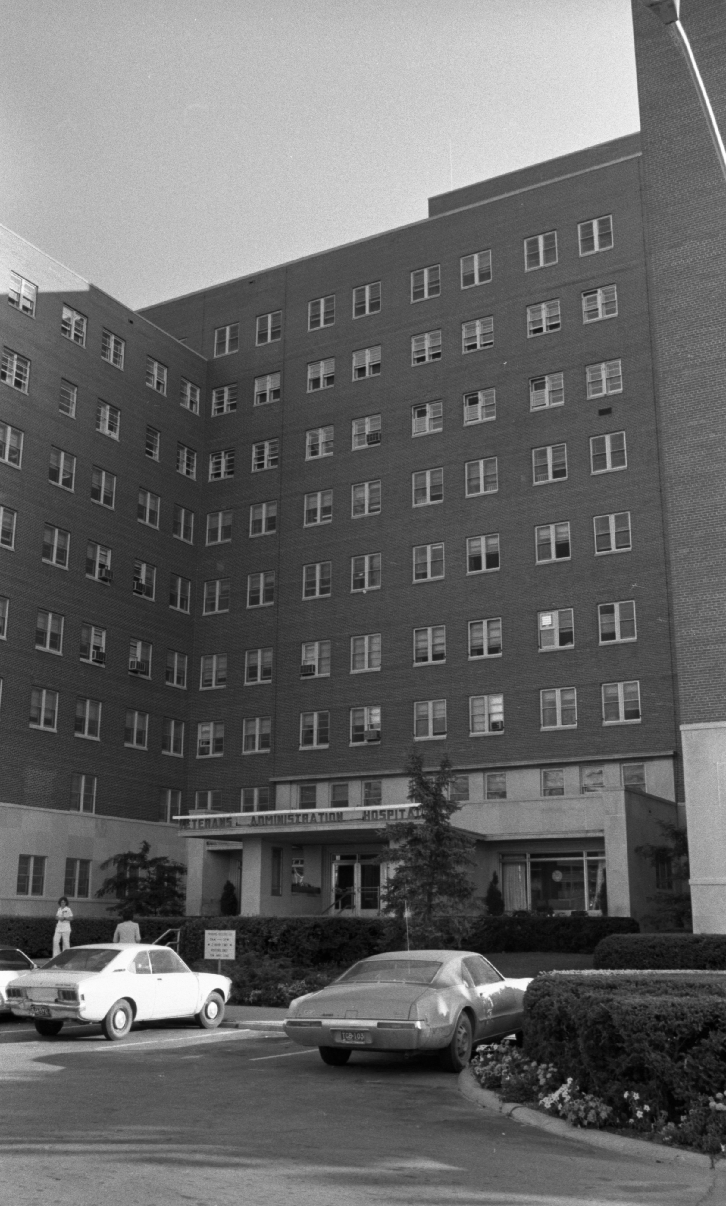 mhm 535 hospital administration mod 1 Clinical nurses' job stress, emotional labor, nursing performance, and burnout in comprehensive nursing care service wards and general wards so-eun kim, 1.