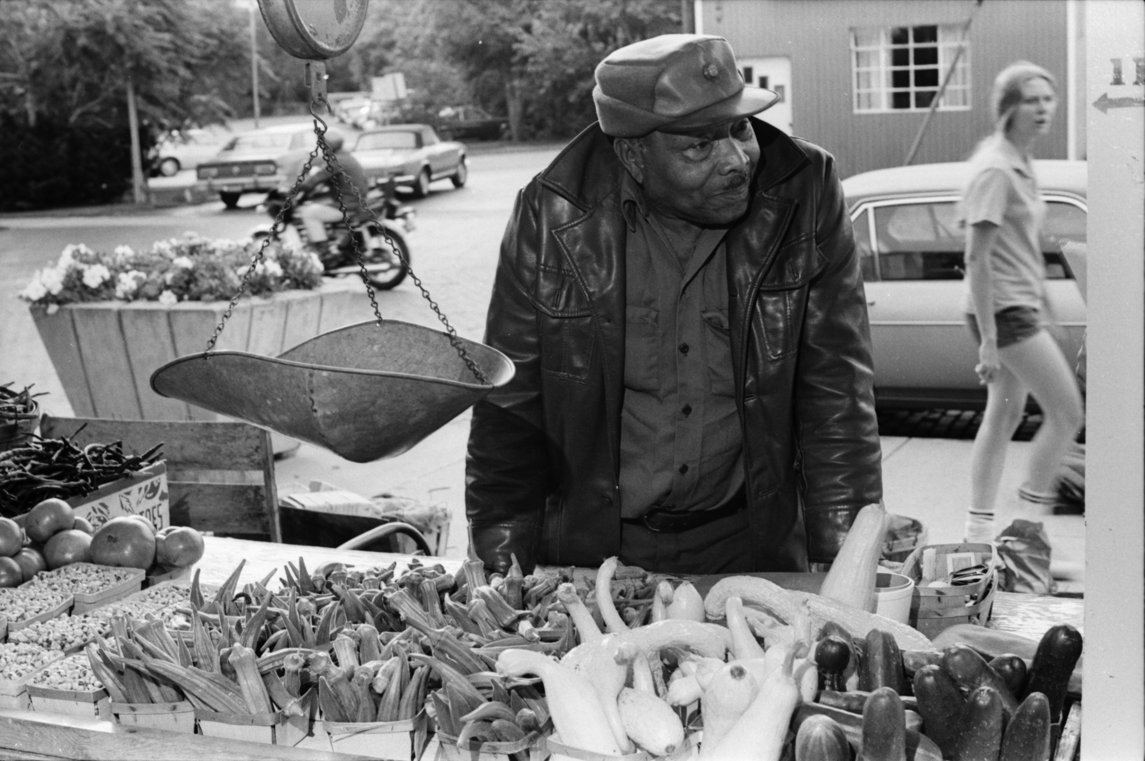 Rufus McGee at the Ann Arbor Farmers Market, August 1977 image