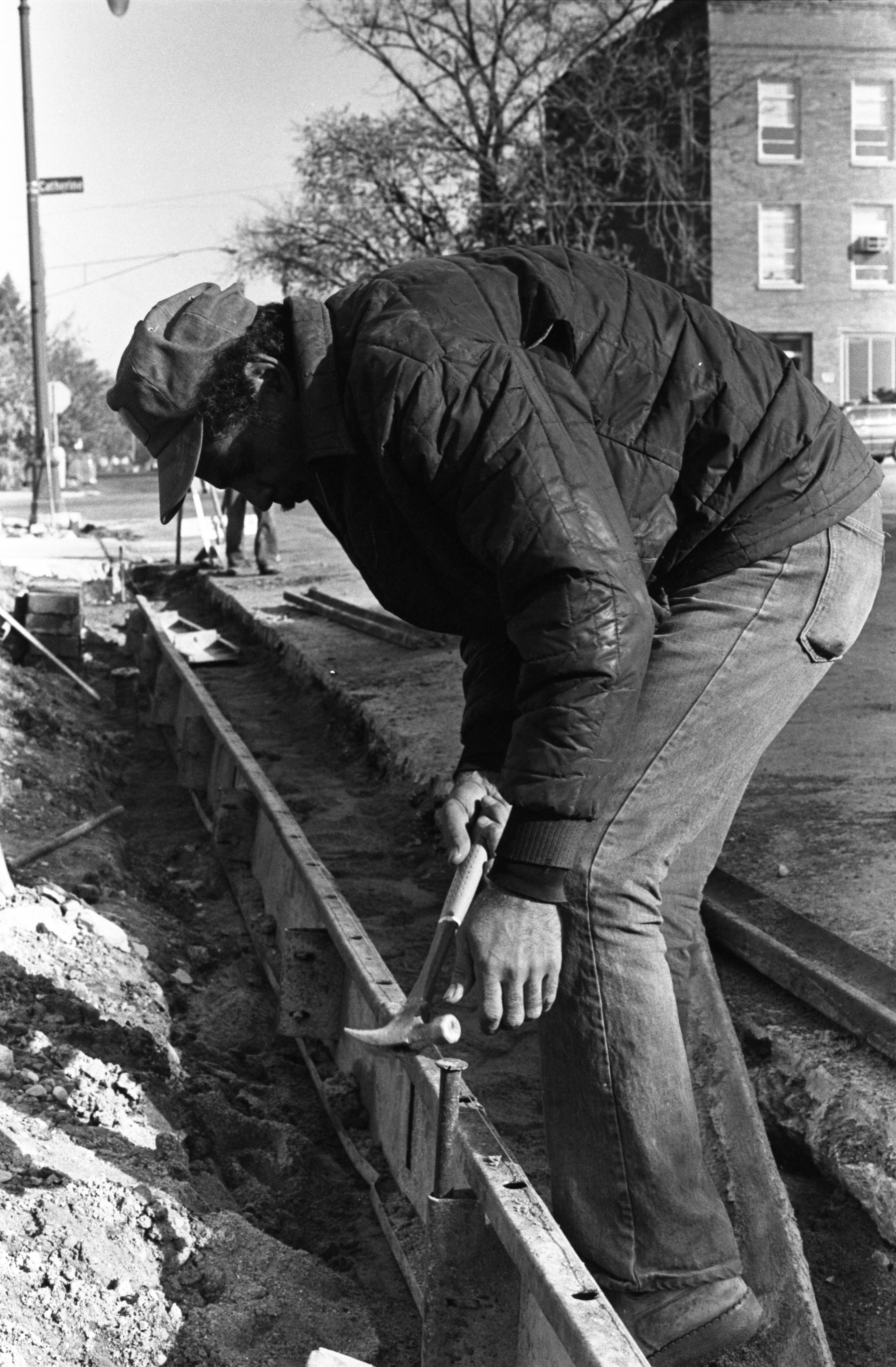 Calvert Brothers Employee Works On N. Fourth Avenue, October 1977 image
