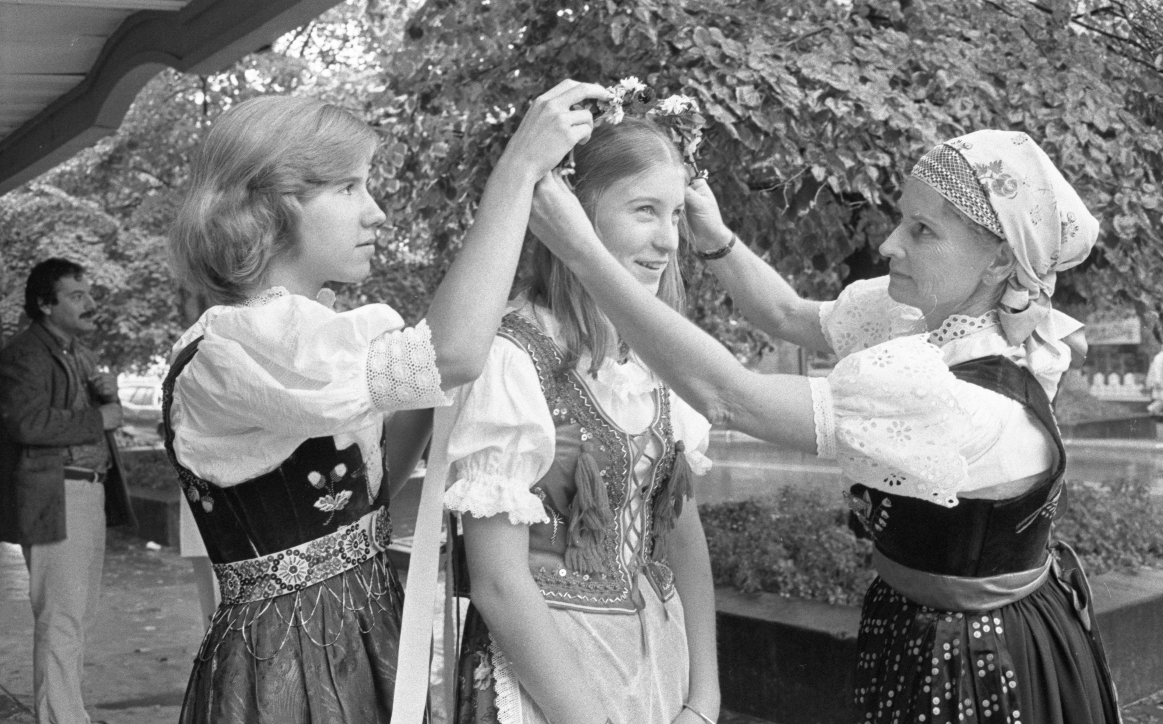 Ann & Irene Cimoszko Prepare the Polish Headdress of Chris Idzikowski For The Ann Arbor Ethnic Fair, September 1975 image