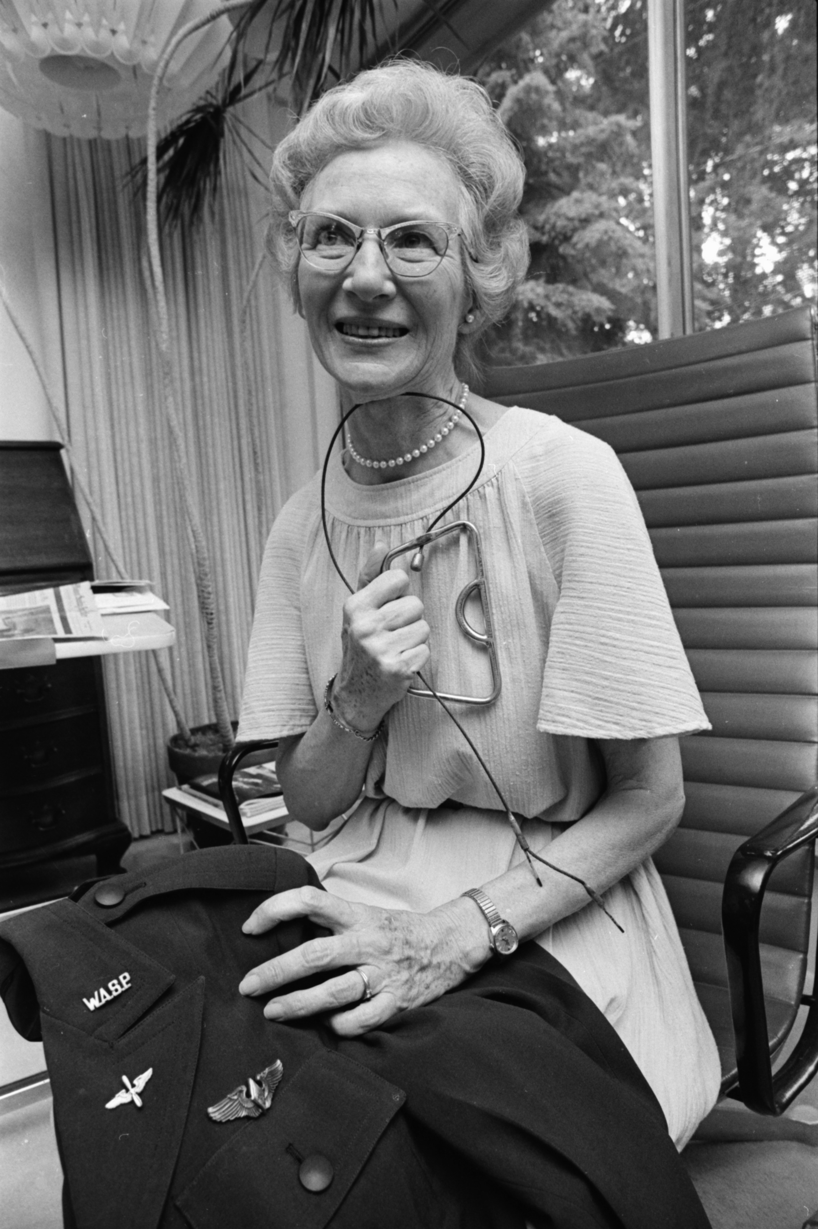 Marie Clark, World War II pilot, May 1977 image